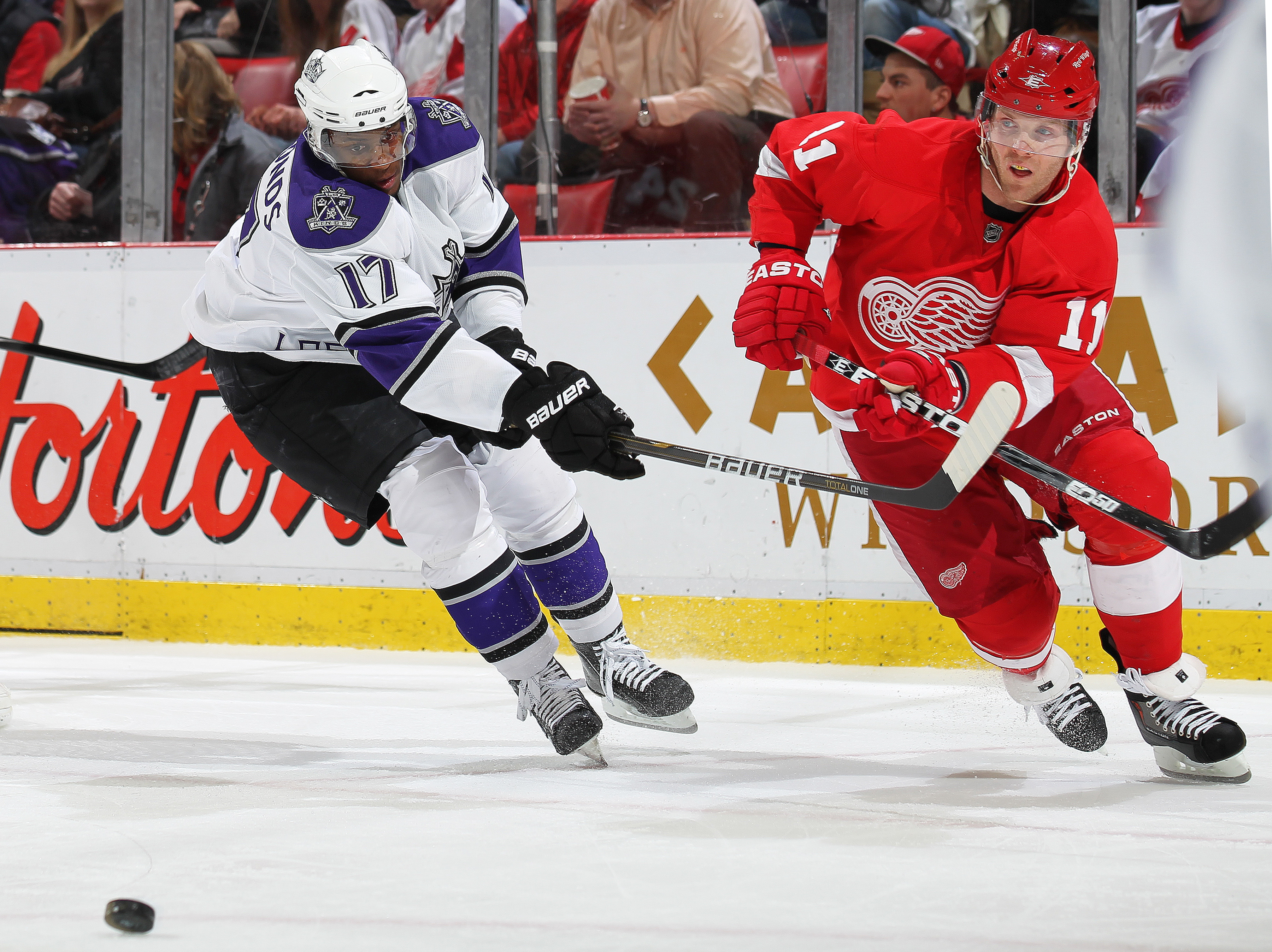 DETROIT, MI - MARCH 9:  Wayne Simmonds #17 of the Los Angeles Kings tries to stop Daniel Cleary #11 of the Detroit Red Wings from clearing the puck in a game on March 9, 2011 at the Joe Louis Arena in Detroit, Michigan. (Photo by Claus Andersen/Getty Imag