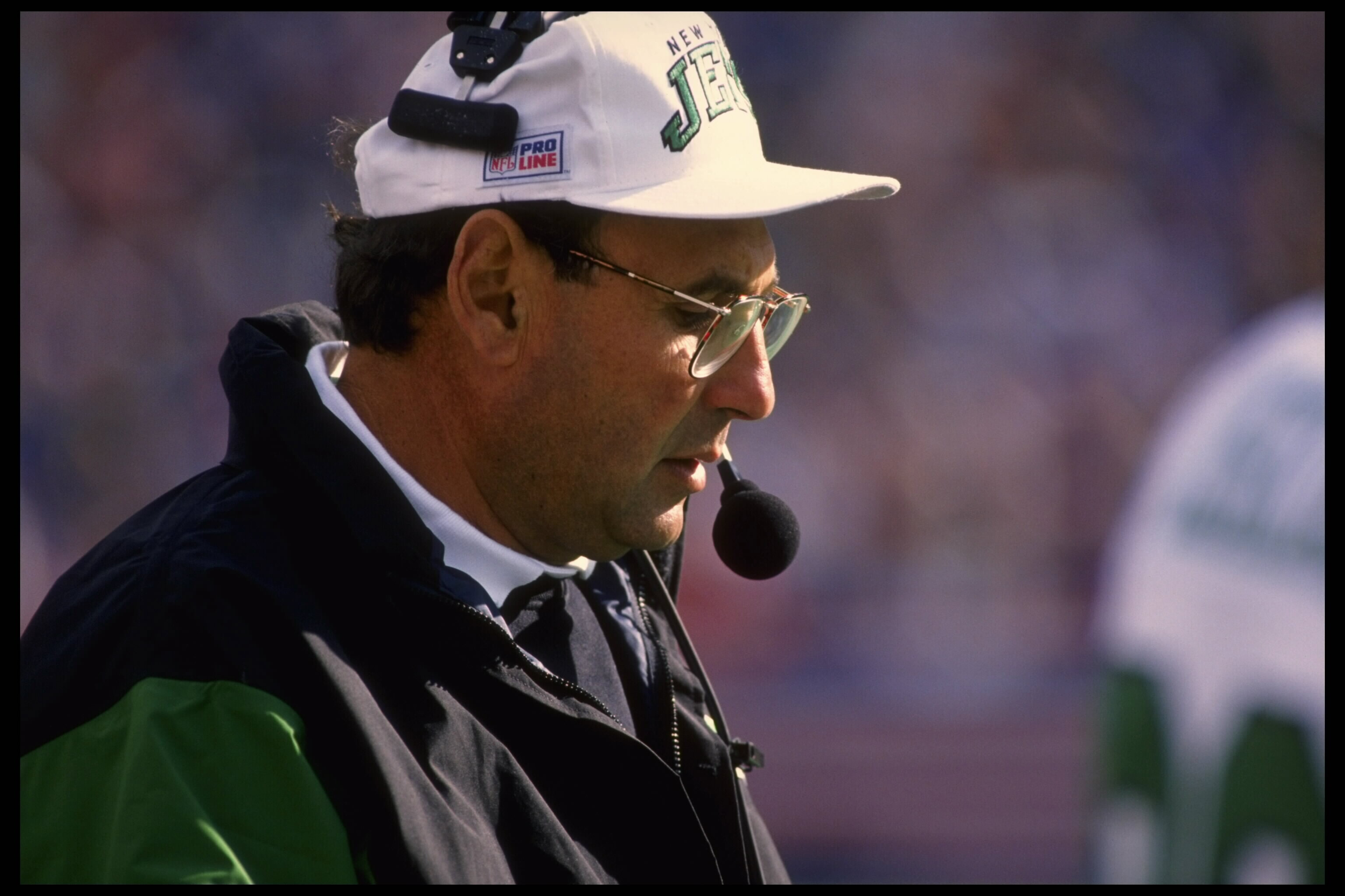 8 Oct 1995:  Head coach Rich Kotite of the New York Jets on the sideline during the Jets 29-10 loss to the Buffalo Bills at Rich Stadium in Orchard Park, New York.  Manadtory Credit:  Rick Stewart/Allsport