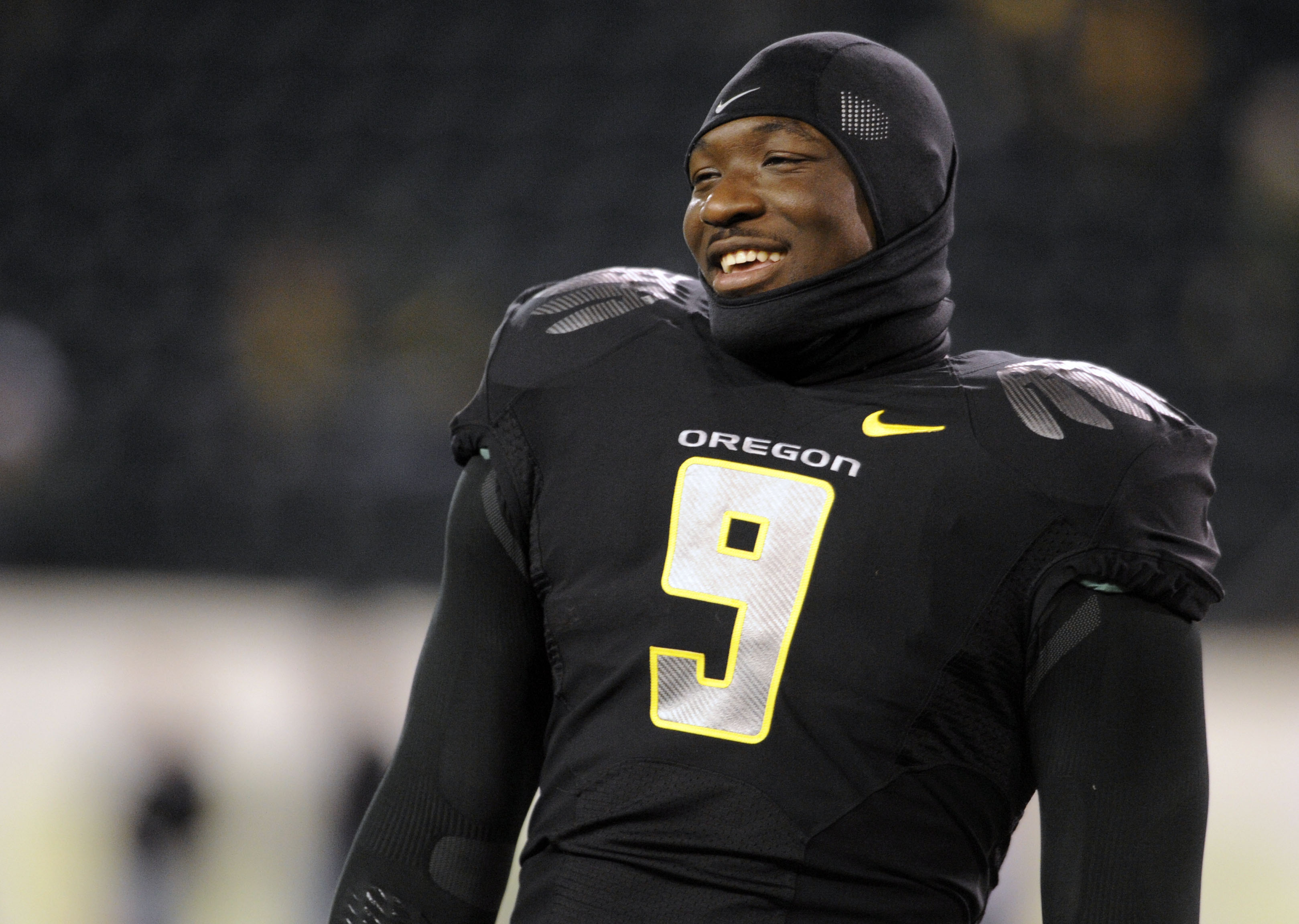 EUGENE,OR - NOVEMBER 14: Running back LeGarrette Blount #9 of the Oregon Ducks smiles as he warms up before the game against the Arizona State Sun Devils at Autzen Stadium on November 14, 2009 in Eugene, Oregon. (Photo by Steve Dykes/Getty Images)