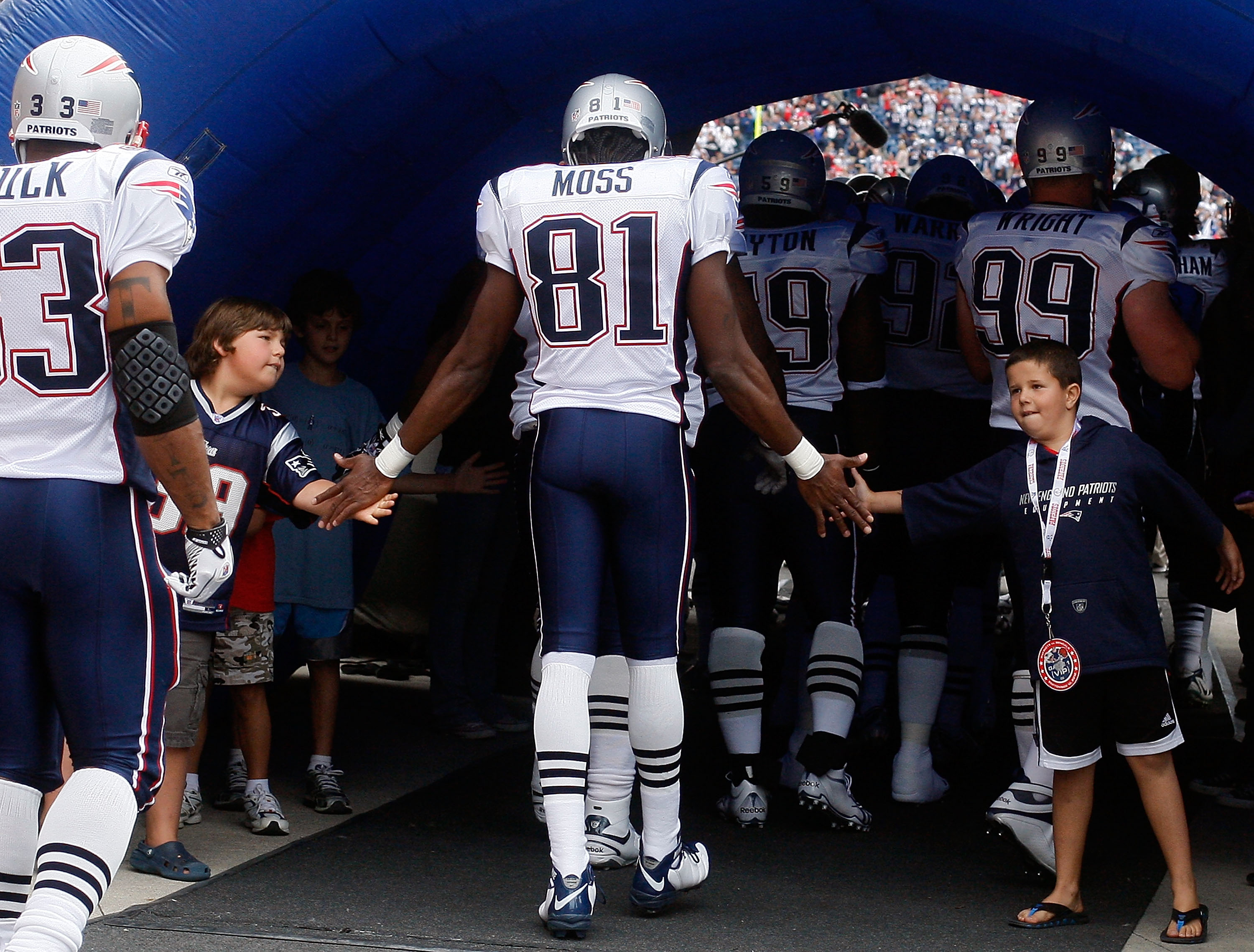 FOXBORO, MA - SEPTEMBER 12: Randy Moss #81 of the New England Patriots enters the field before the NFL season opener against the Cincinnati Bengals at Gillette Stadium on September 12, 2010 in Foxboro, Massachusetts. (Photo by Jim Rogash/Getty Images)