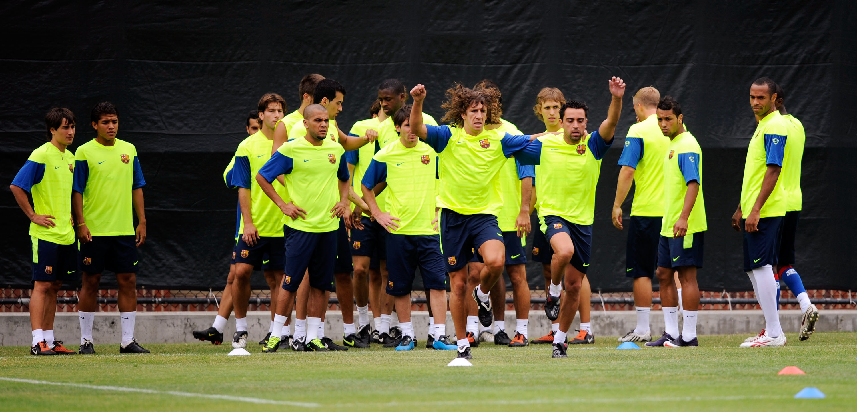 LOS ANGELES, CA - JULY 30:  FC Barcelona during a practice session at the UCLA campus on July 30, 2009 in Los Angeles, California.  FC Bracelona will play a friendly soccer match against the Los Angeles Galaxy on August 1, 2009, at the Rose Bowl in Pasade