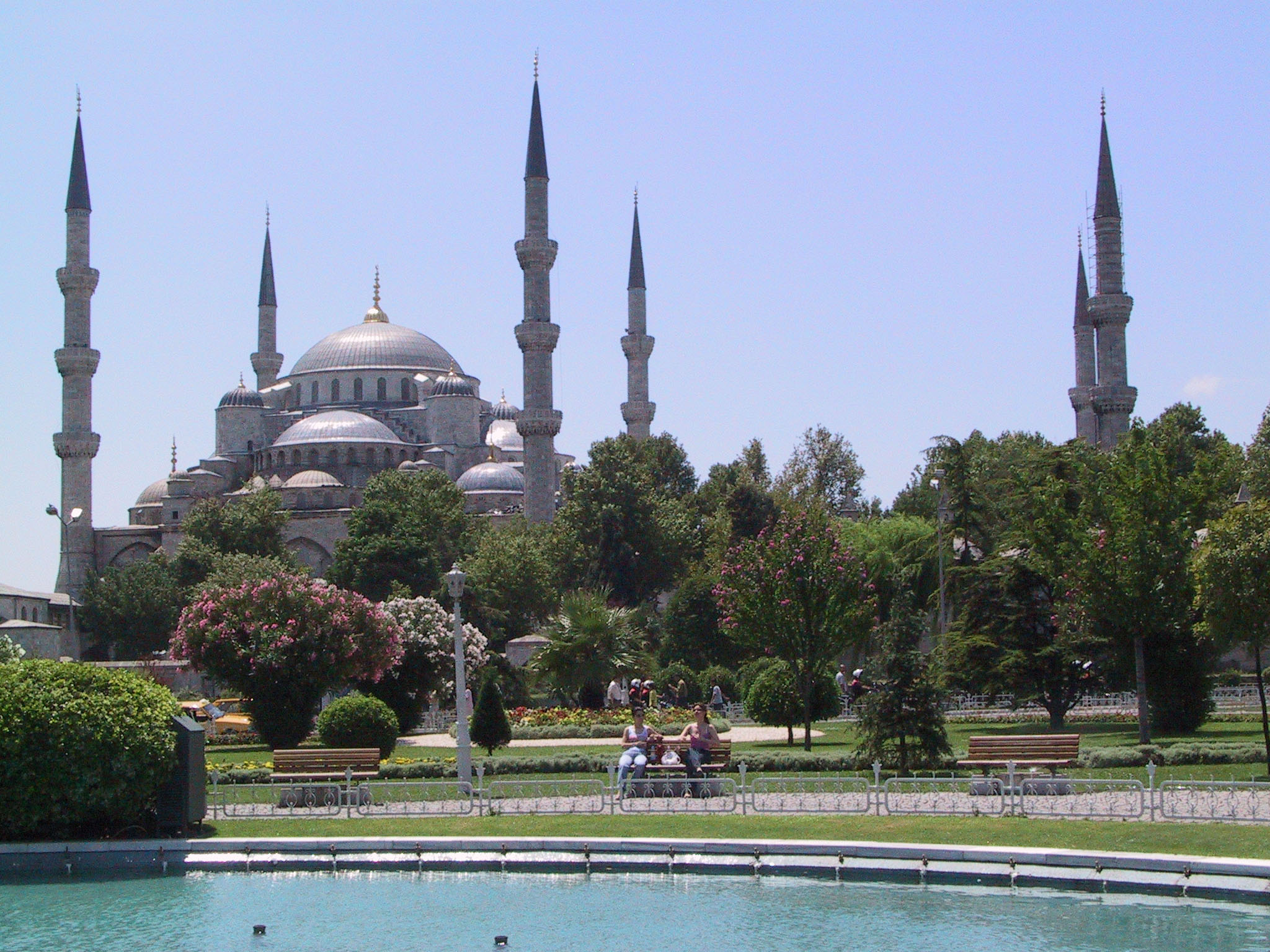 391801 08: The Blue Mosque, famed for its blue tiled interior, rises above Sultanahmet Park July 12, 2001 in the Old City of Istanbul, Turkey. Istanbul, which is bidding to host the 2008 Olympic games, is awaiting the decision of the International Olympic