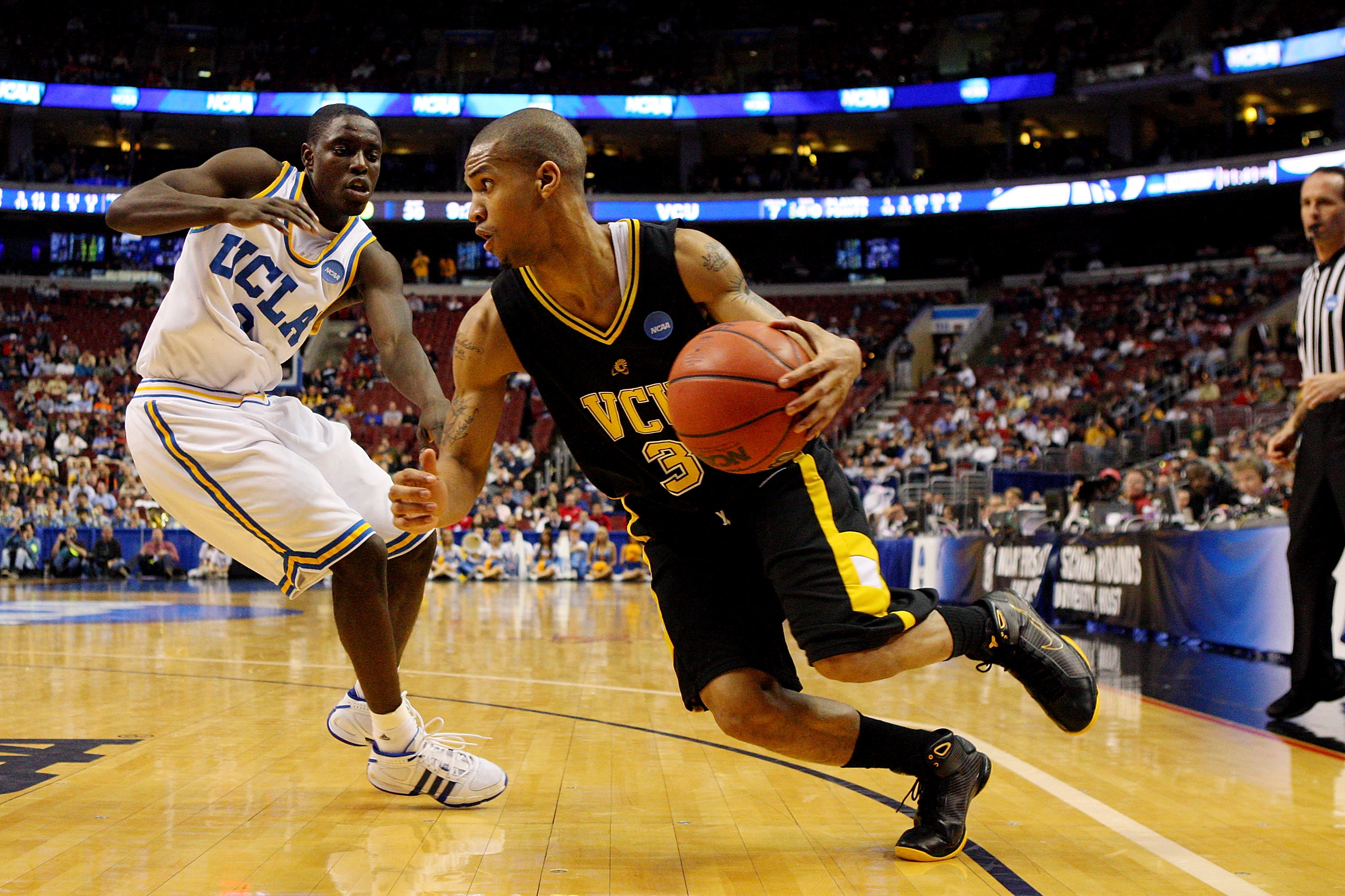 PHILADELPHIA - MARCH 19:  Eric Maynor #3 of the VCU Rams drives against Darren Collison #2 of the UCLA Bruins during the first round of the NCAA Division I Men's Basketball Tournament at the Wachovia Center on March 19, 2009 in Philadelphia, Pennsylvania.