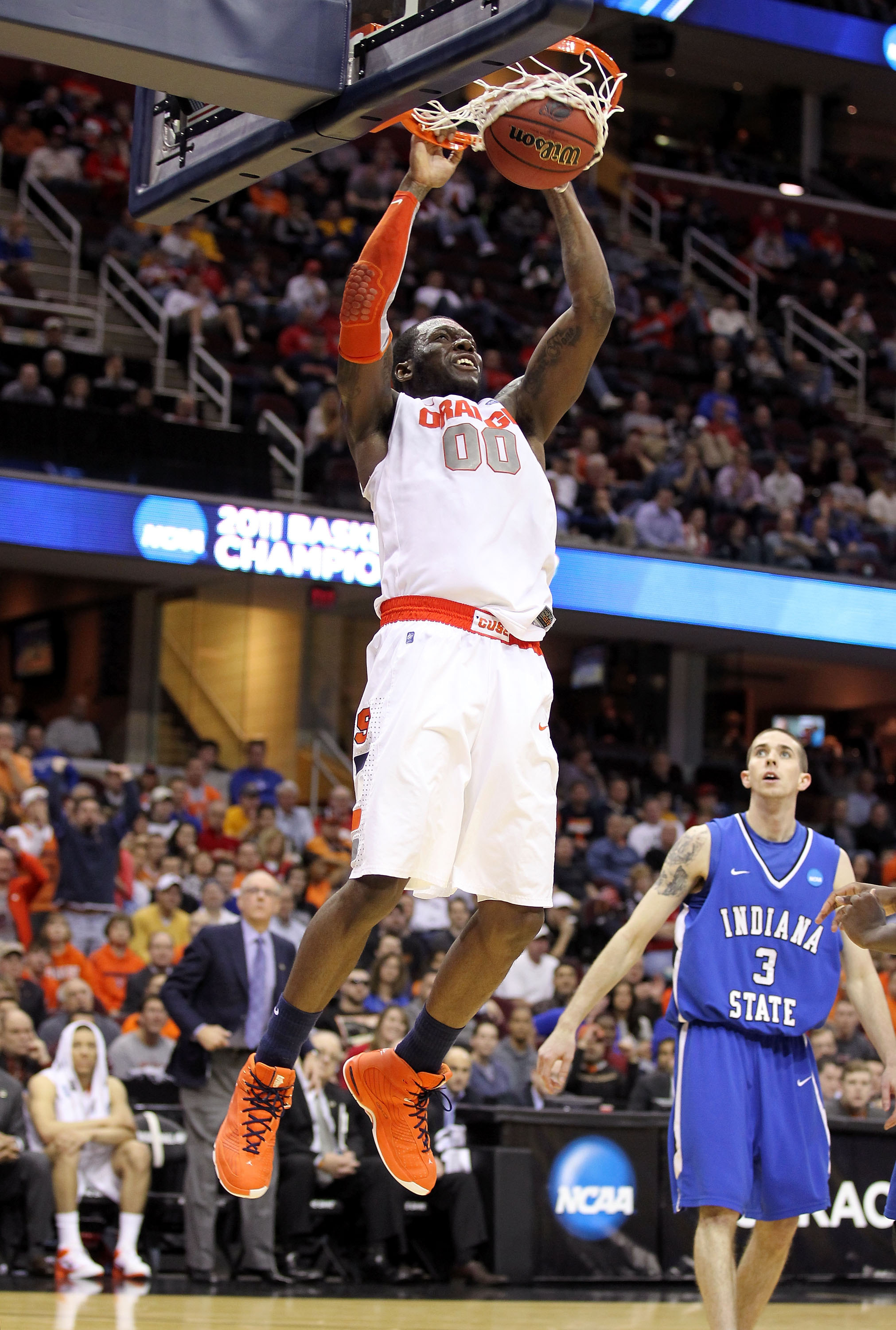 CLEVELAND, OH - MARCH 18: Rick Jackson #00 of the Syracuse Orange goes up for a dunk against the Indiana State Sycamores during the second round of the 2011 NCAA men's basketball tournament at Quicken Loans Arena on March 18, 2011 in Cleveland, Ohio.  (Ph