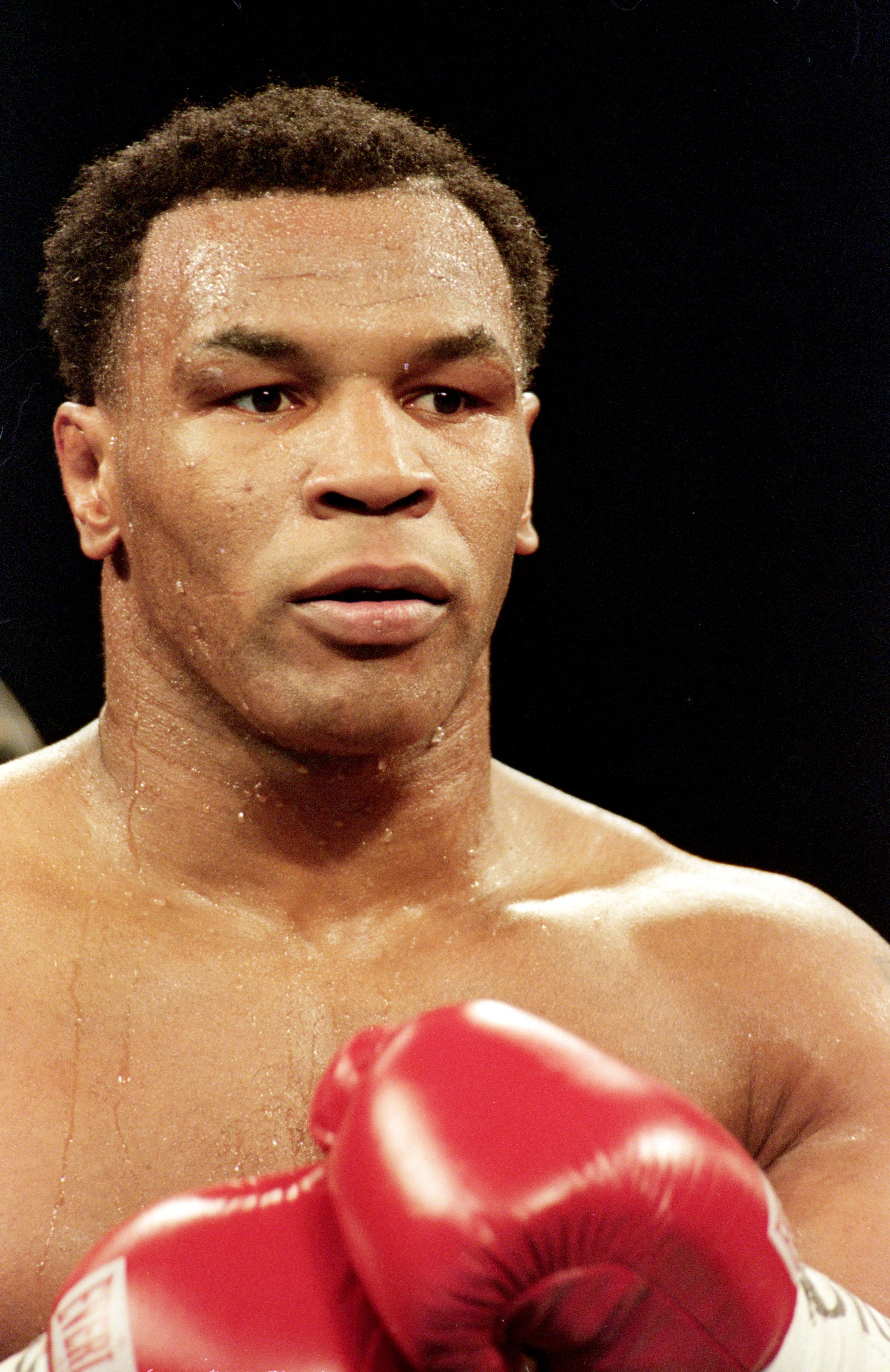 23 Oct 1999: Mike Tyson gets ready during a fight against Orlin Norris at the MGM Grand Hotel in Las Vegas, Nevada. The fight ended in a no contest.