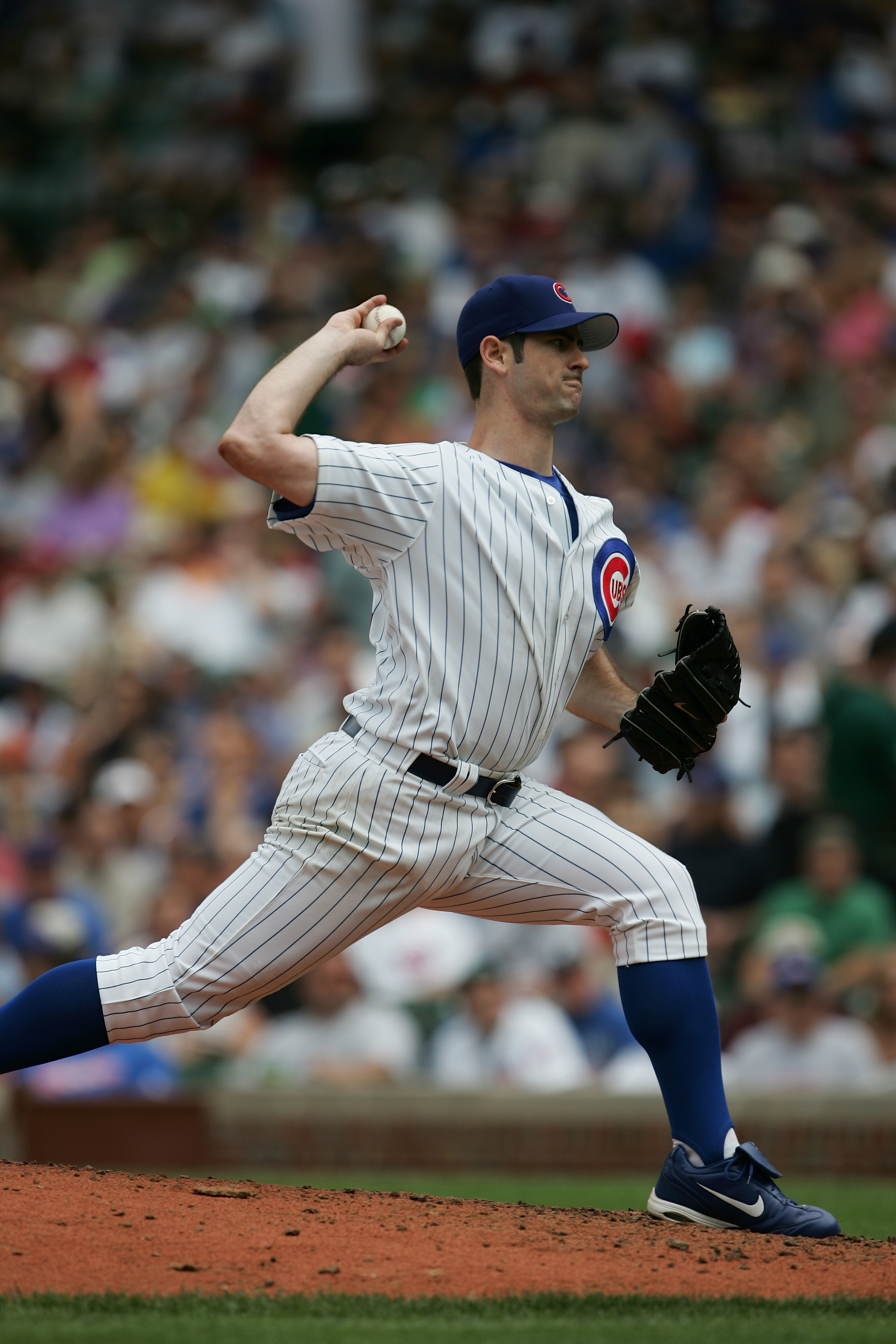 CHICAGO - JULY 1:  Mark Prior #22 of the Chicago Cubs pitches during the game with the Washington Nationals on July 1, 2005 at Wrigley Field in Chicago, Illinois. The Nationals defeated the Cubs 4-3. (Photo by Jonathan Daniel/Getty Images)