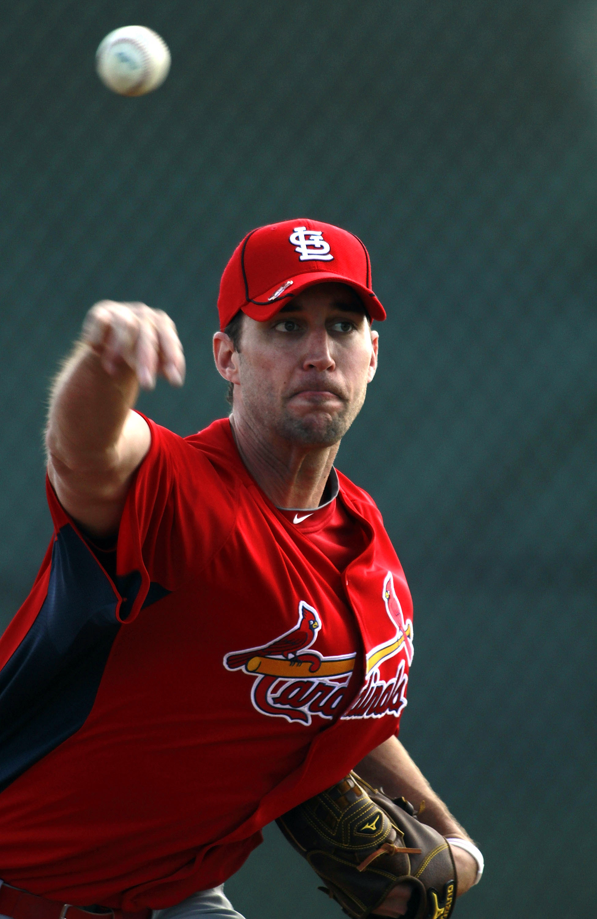 JUPITER, FL - FEBRUARY 16:  Pitcher Adam Wainwright #50 of the St. Louis Cardinals throws during spring training at Roger Dean Stadium on February 16, 2011 in Jupiter, Florida.  (Photo by Marc Serota/Getty Images)