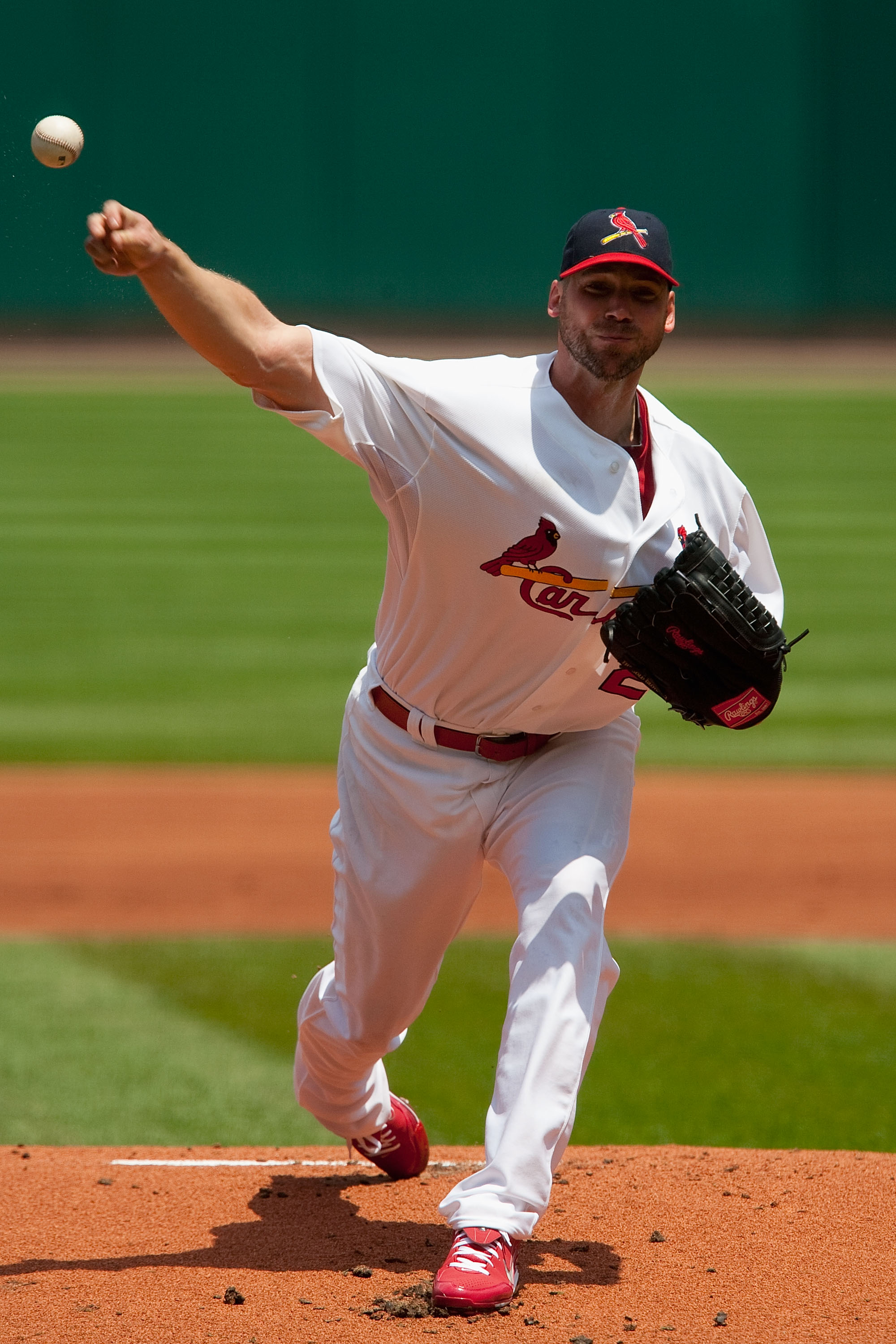 ST. LOUIS - MAY 23: Starting pitcher Chris Carpenter #29 of the St. Louis Cardinals throws against the Los Angeles Angels of Anaheim at Busch Stadium on May 23, 2010 in St. Louis, Missouri.  The Cardinals beat the Angels 6-5 in 10 innings.  (Photo by Dili