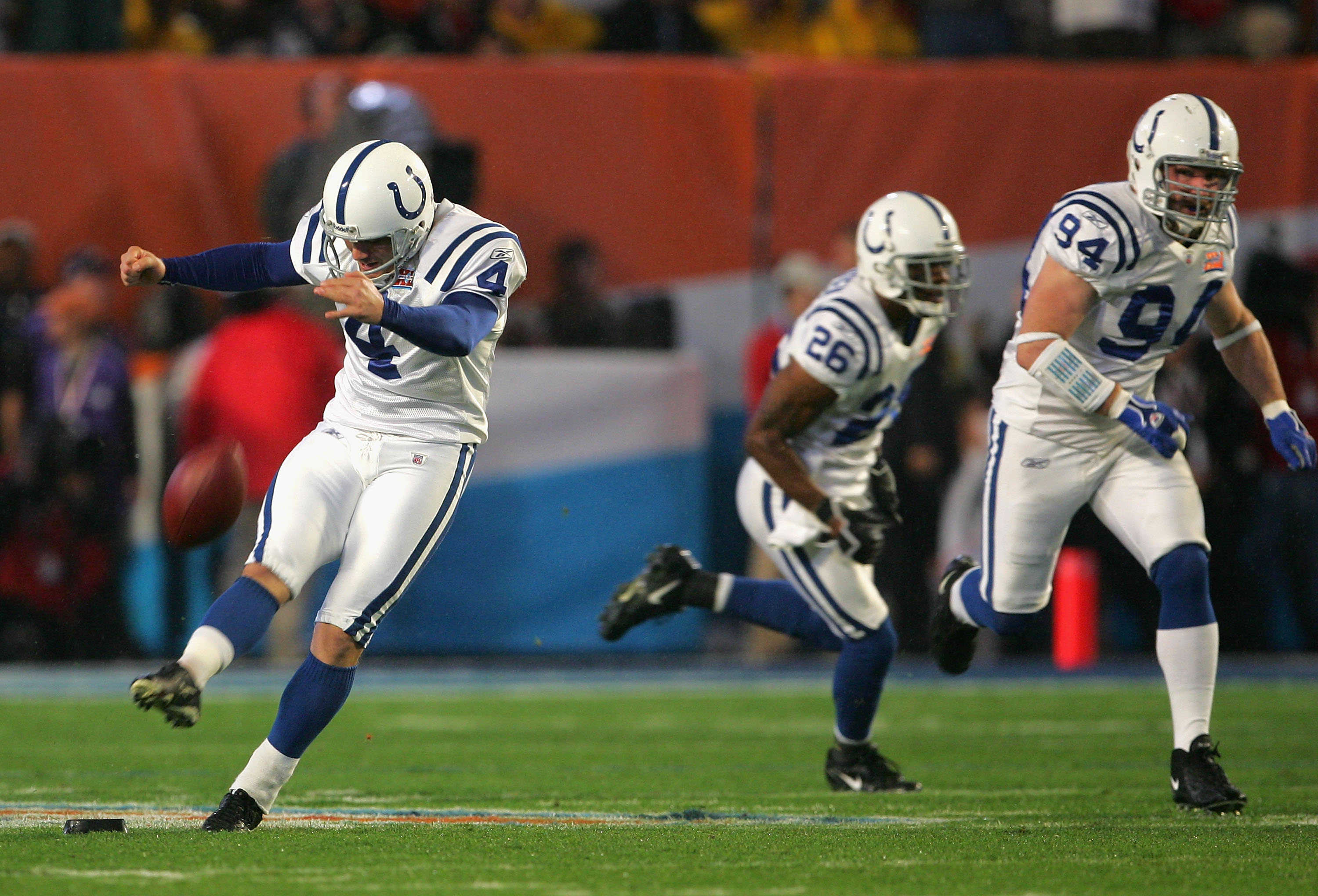 MIAMI GARDENS, FL - FEBRUARY 04:  Kicker Adam Vinatieri #4 of the Indianapolis Colts kicks the opening kickoff against the Chicago Bears during Super Bowl XLI on February 4, 2007 at Dolphin Stadium in Miami Gardens, Florida.  (Photo by Doug Pensinger/Gett