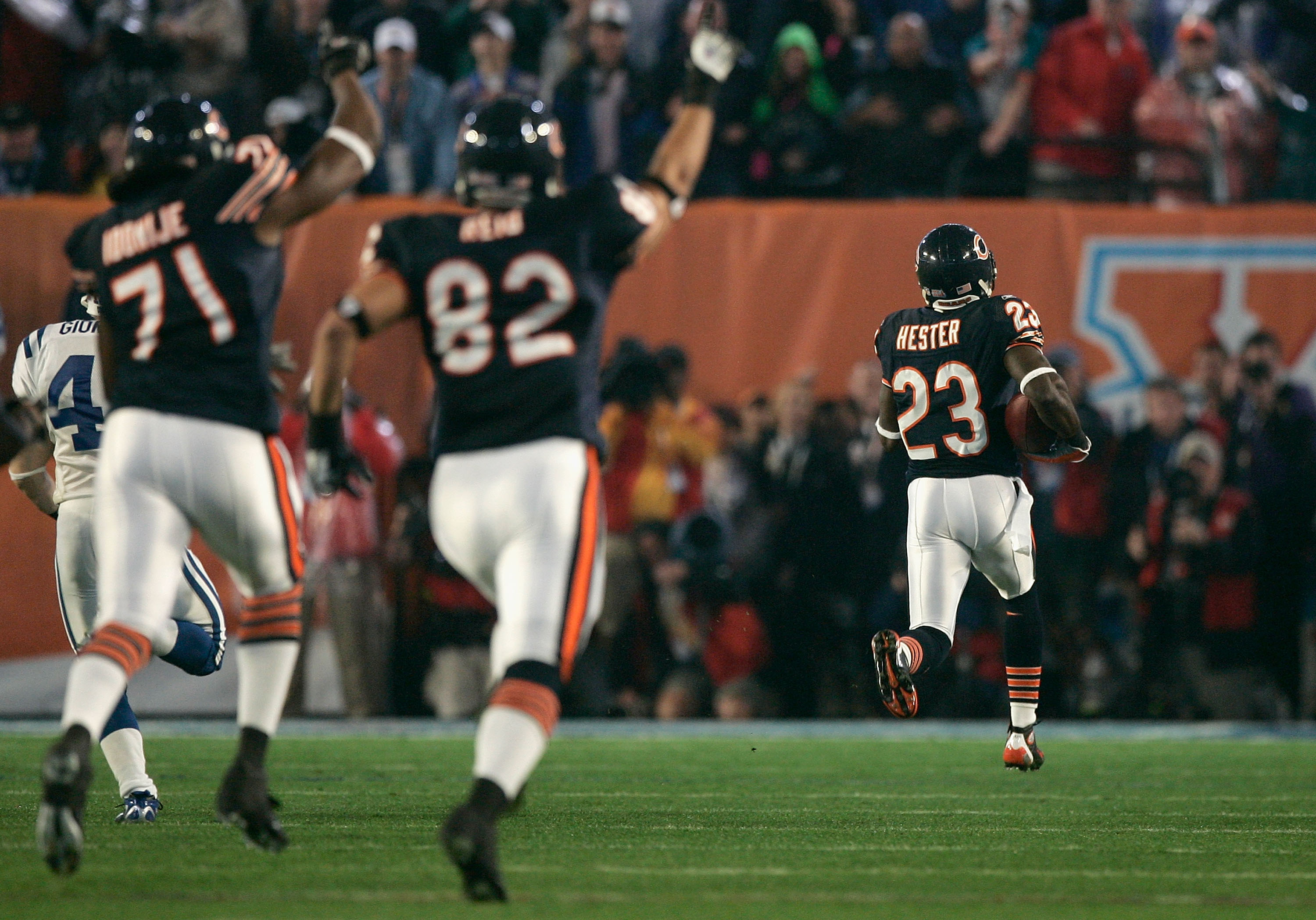 MIAMI GARDENS, FL - FEBRUARY 04:  Kick returner Devin Hester #23 of the Chicago Bears returns the opening kickoff 92-yards for a touchdown against the Indianapolis Colts in the first quarter of Super Bowl XLI on February 4, 2007 at Dolphin Stadium in Miam