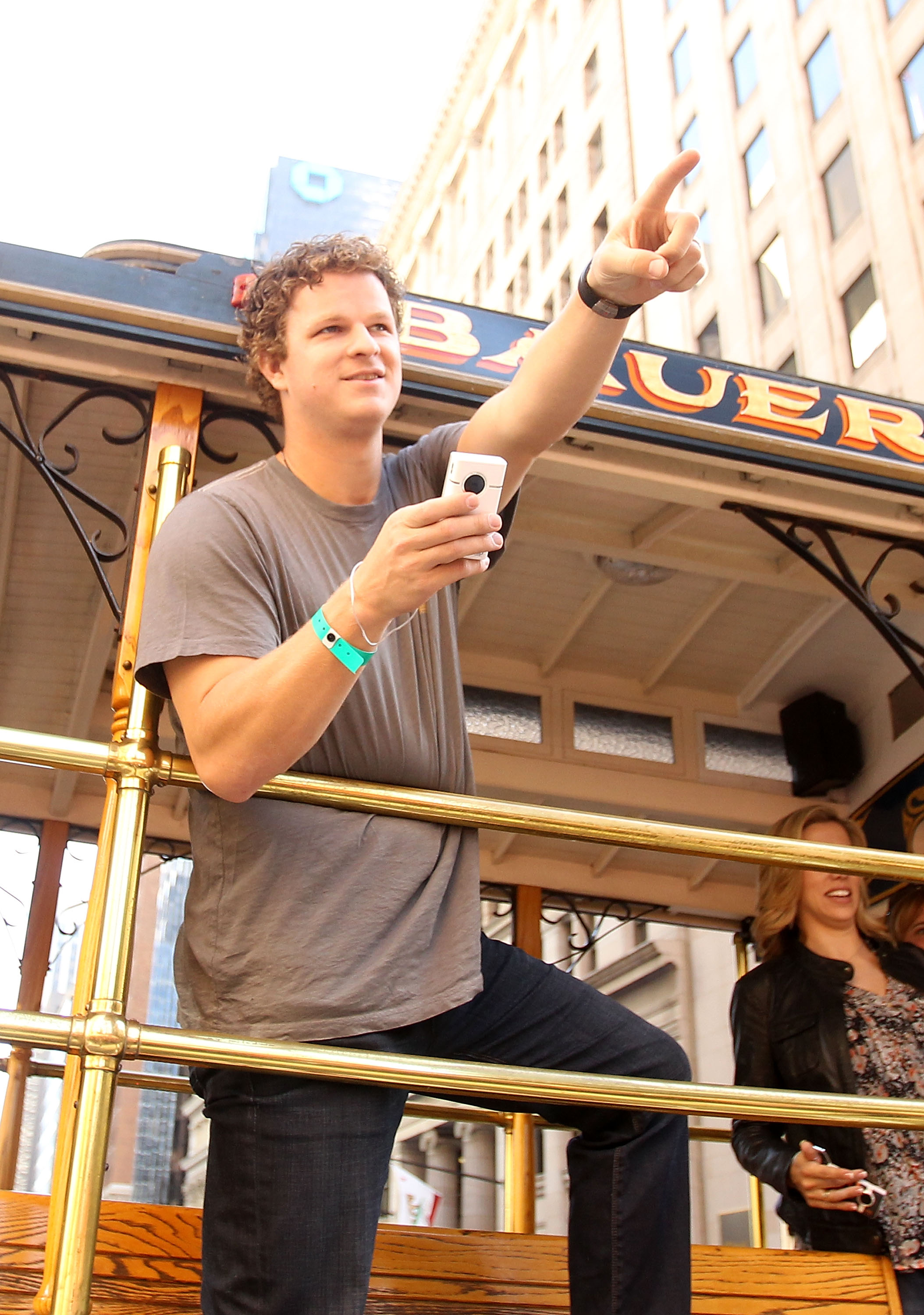 SAN FRANCISCO - NOVEMBER 03:  Matt Cain of the San Francisco Giants waves to the crowd during the San Francisco Giants victory parade on November 3, 2010 in San Francisco, California.  (Photo by Ezra Shaw/Getty Images)