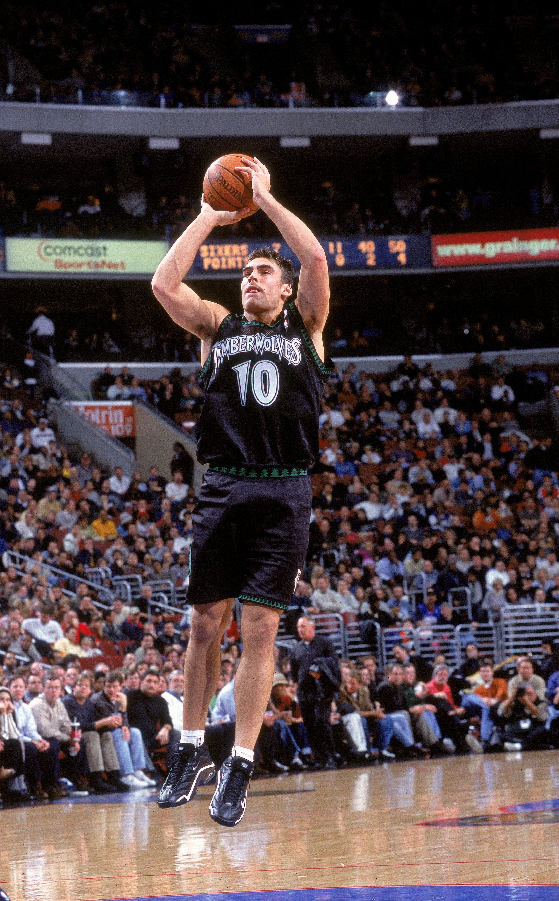 cee35f6cdce0 11 Dec 2000  Wally Szczerbiak  10 of the Minnesota Timberwolves takes a  shot during