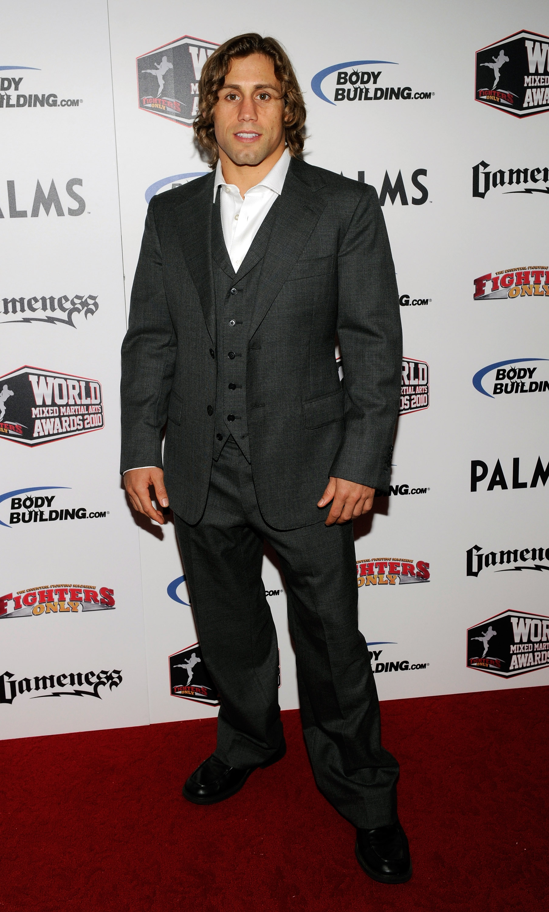 LAS VEGAS, NV - DECEMBER 01:  Mixed martial artist Urijah Faber arrives at the third annual Fighters Only World Mixed Martial Arts Awards 2010 at the Palms Casino Resort December 1, 2010 in Las Vegas, Nevada.  (Photo by Ethan Miller/Getty Images)