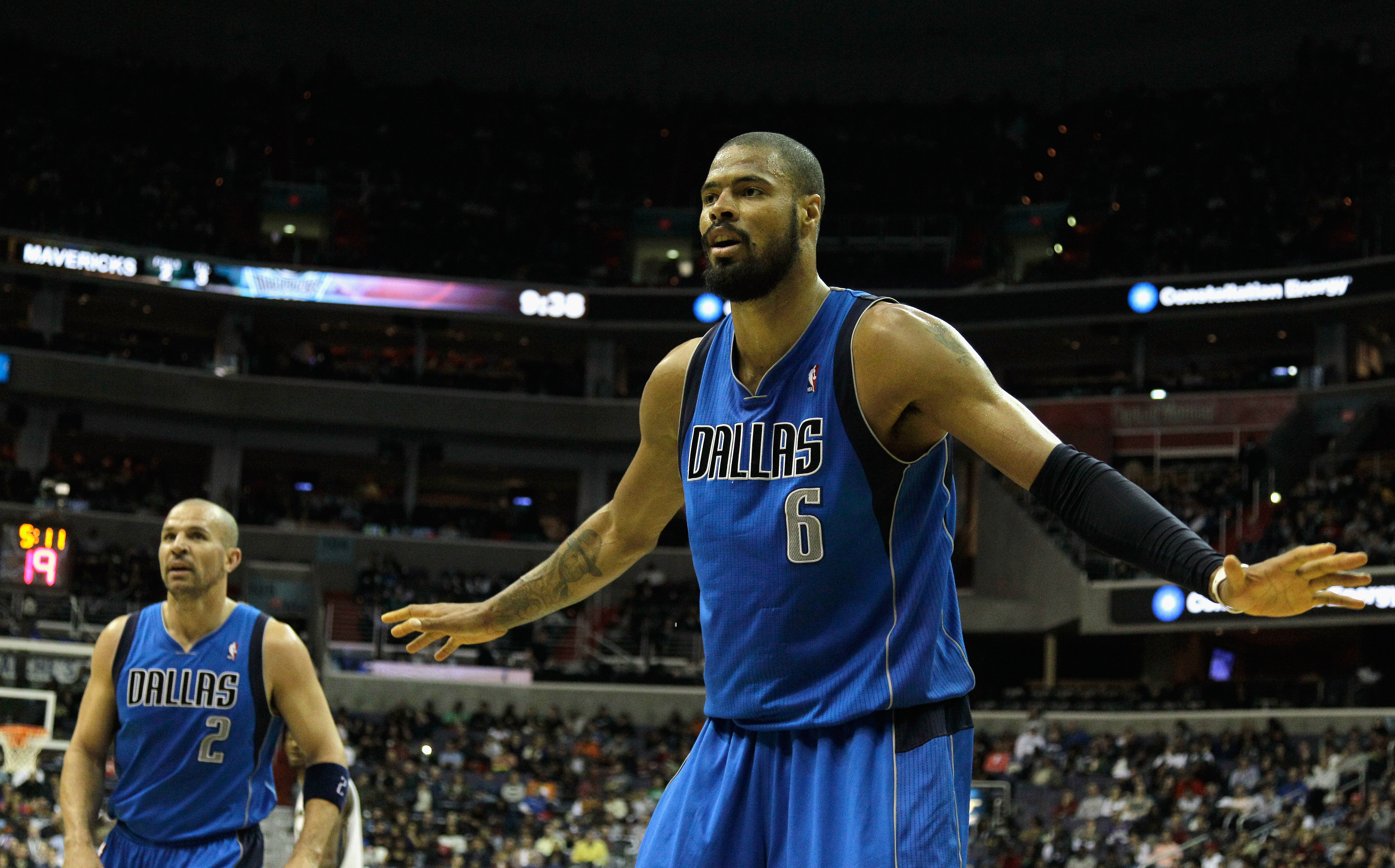WASHINGTON, DC - FEBRUARY 26: Tyson Chandler #6 and Jason Kidd #2 of the Dallas Mavericks against the Washington Wizards at the Verizon Center on February 26, 2011 in Washington, DC. NOTE TO USER: User expressly acknowledges and agrees that, by downloadin