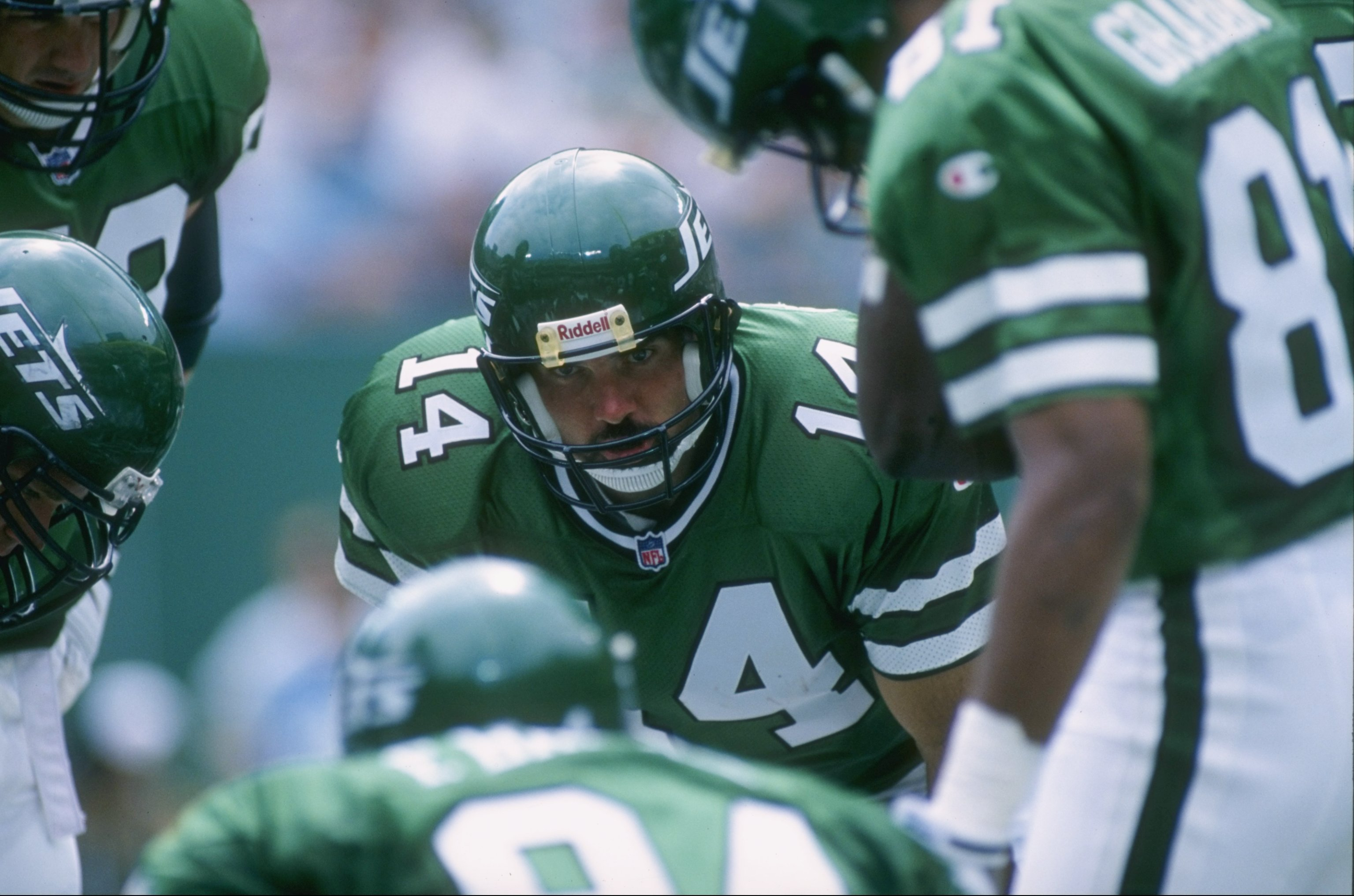 8 Sep 1996: Quarterback Neil O'Donnell #14 of the New York Jets calls the play in an offensive huddle during the Jets 21-7 loss to the Indianapolis Colts at Giants Stadium in East Rutherford, New Jersey.
