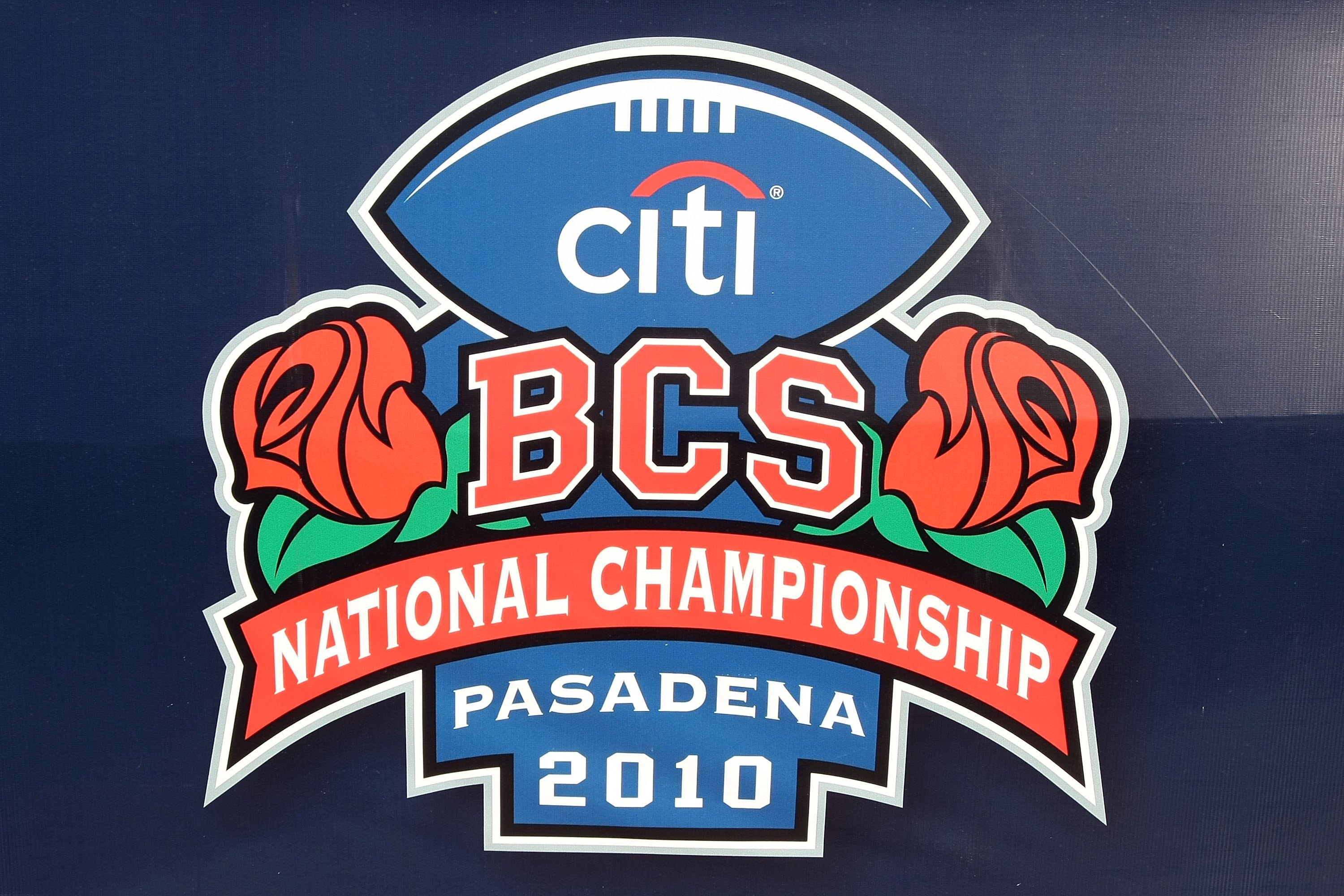 PASADENA, CA - JANUARY 07:  The detailed picture of the logo on a banner before the Texas Longhorns take on the Alabama Crimson Tide in the Citi BCS National Championship game at the Rose Bowl on January 7, 2010 in Pasadena, California.  (Photo by Stephen