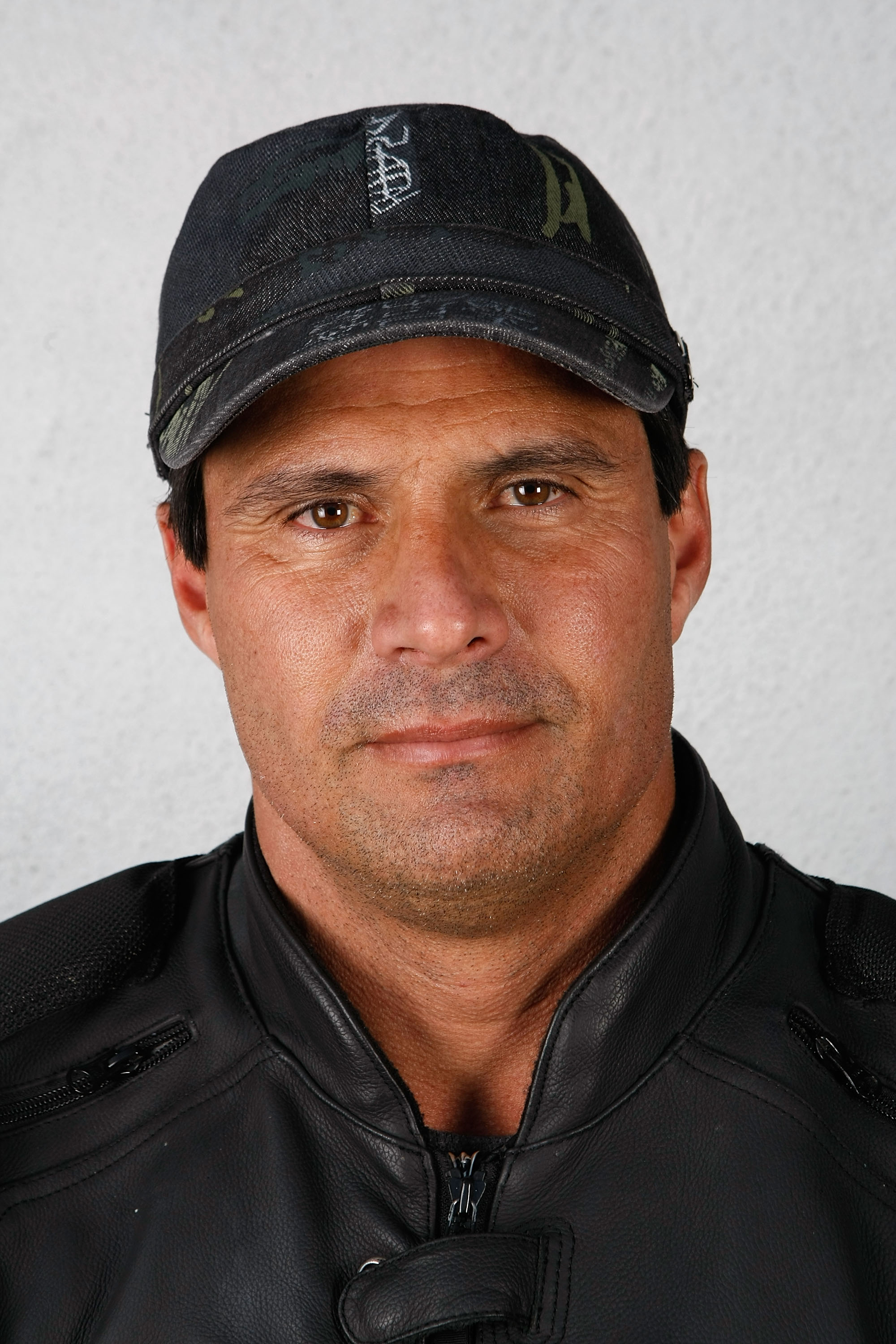 LOS ANGELES, CA - APRIL 07:  ***EXCLUSIVE ACCESS***  Former baseball player and author Jose Canseco poses for a portrait at Book Soup on April 7, 2008 in Los Angeles, California.  (Photo by Michael Buckner/Getty Images)