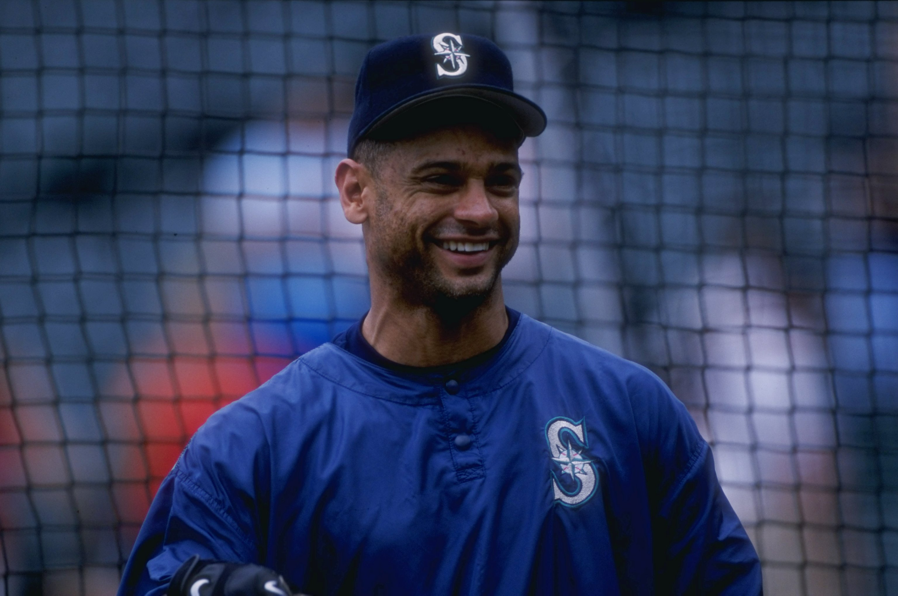 2 Jun 1998:  Joey Cora #28 of the Seattle Mariners in action during a game against the Baltimore Orioles at the Camden Yards in Baltimore, Maryland. The Orioles defeated the Mariners 9-8. Mandatory Credit: Jamie Squire  /Allsport