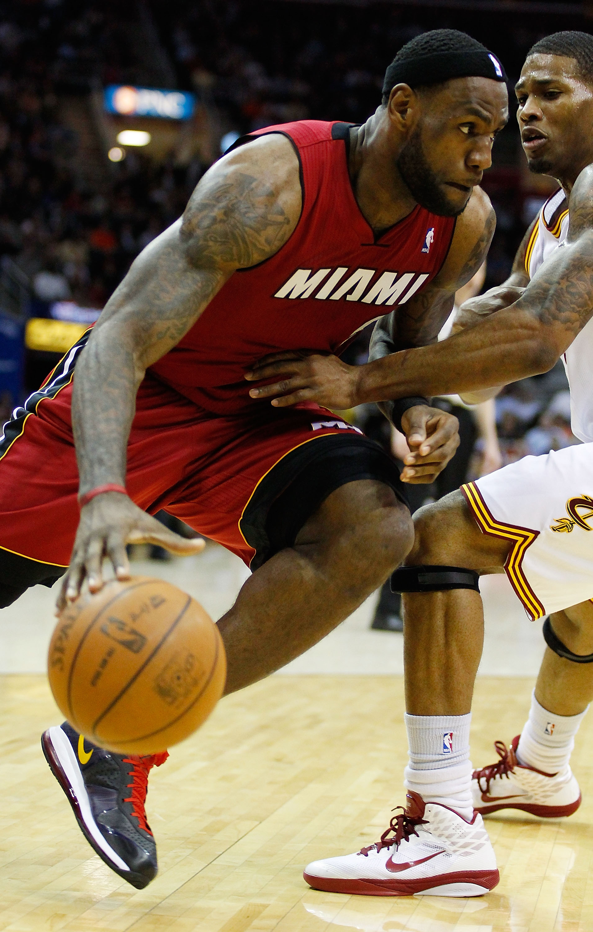 CLEVELAND - MARCH 29:  LeBron James #6 of the Miami Heat drives to the basket during the game against the Cleveland Cavaliers on March 29, 2011 at Quicken Loans Arena in Cleveland, Ohio. NOTE TO USER: User expressly acknowledges and agrees that, by downlo