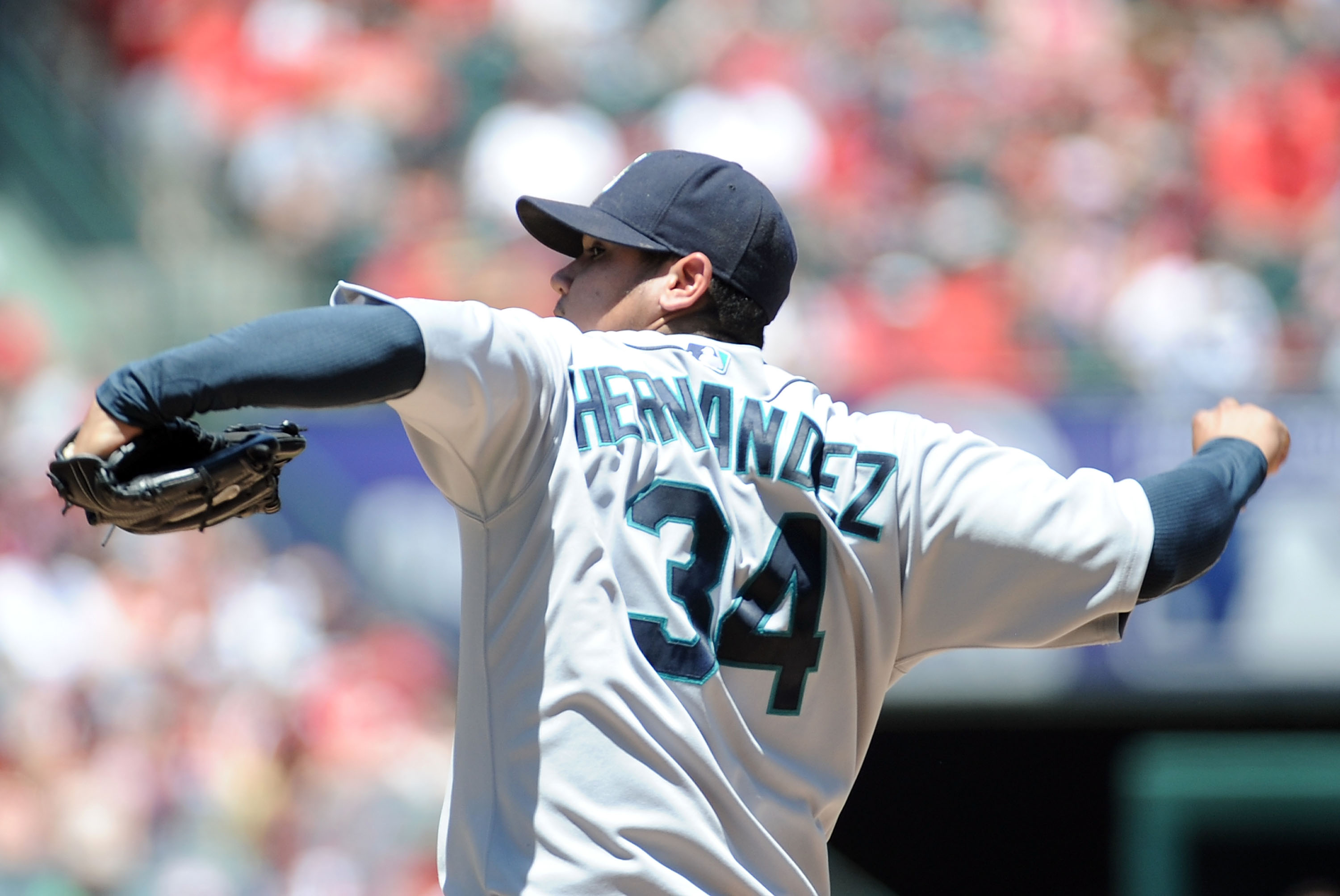 ANAHEIM, CA - MAY 29:  Felix Hernandez #34 of the Seattle Mariners pitches against the Los Angeles Angels during the first inning at Angel Stadium on May 29, 2010 in Anaheim, California.  (Photo by Harry How/Getty Images)