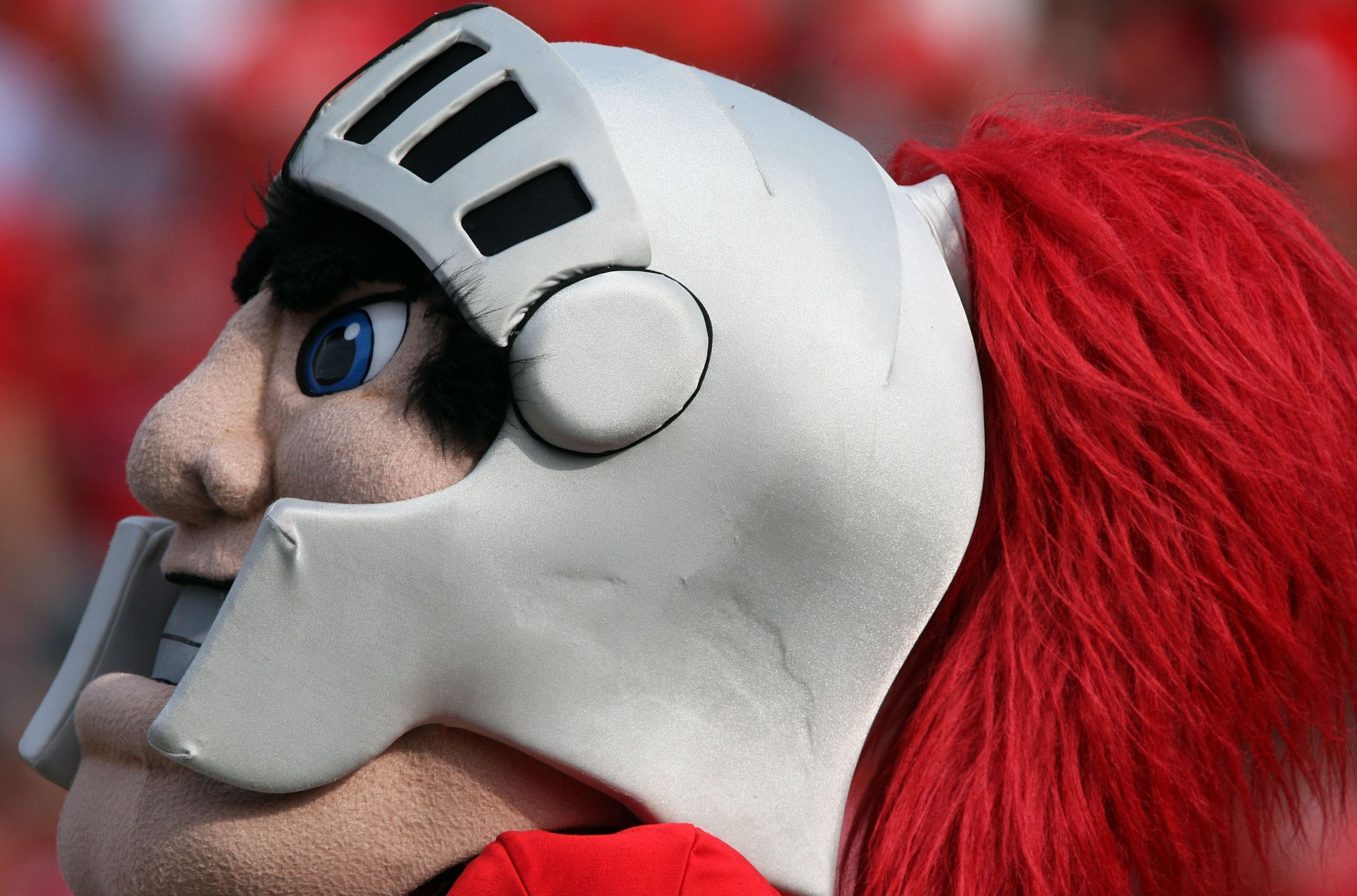 PISCATAWAY, NJ - SEPTEMBER 07:  The Rutgers Scarlet Knights mascot performs during the game against the Cincinnati Bearcats at Rutgers Stadium on September 7, 2009 in Piscataway, New Jersey.  (Photo by Jim McIsaac/Getty Images)