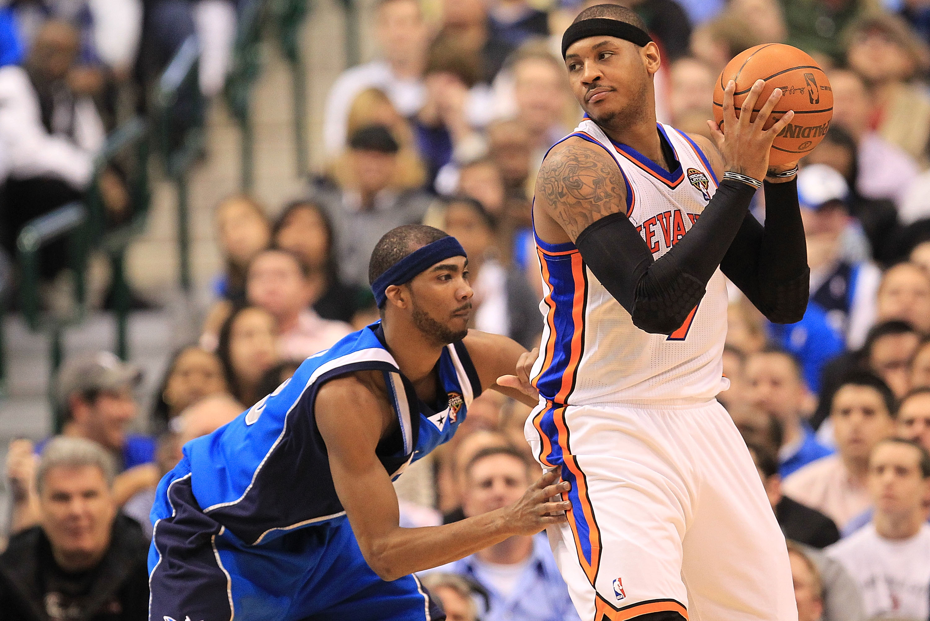 DALLAS, TX - MARCH 10:  Forward Carmelo Anthony #7 of the New York Knicks at American Airlines Center on March 10, 2011 in Dallas, Texas.  NOTE TO USER: User expressly acknowledges and agrees that, by downloading and or using this photograph, User is cons