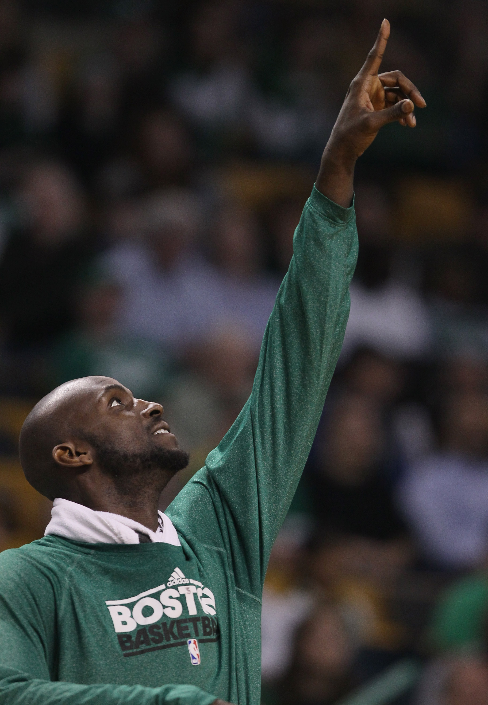 BOSTON, MA - MARCH 16:  Kevin Garnett #5 of the Boston Celtics celebrates the win over the Indiana Pacers on March 16, 2011 at the TD Garden in Boston, Massachusetts. The Celtics defeated the Indiana Pacers 92-80. NOTE TO USER: User expressly acknowledges