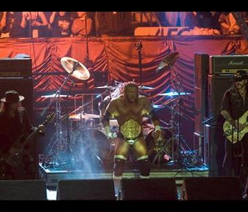 Triple H making his way to the ring at Wrestlemania 21 with Motorhead performing his entrance song.