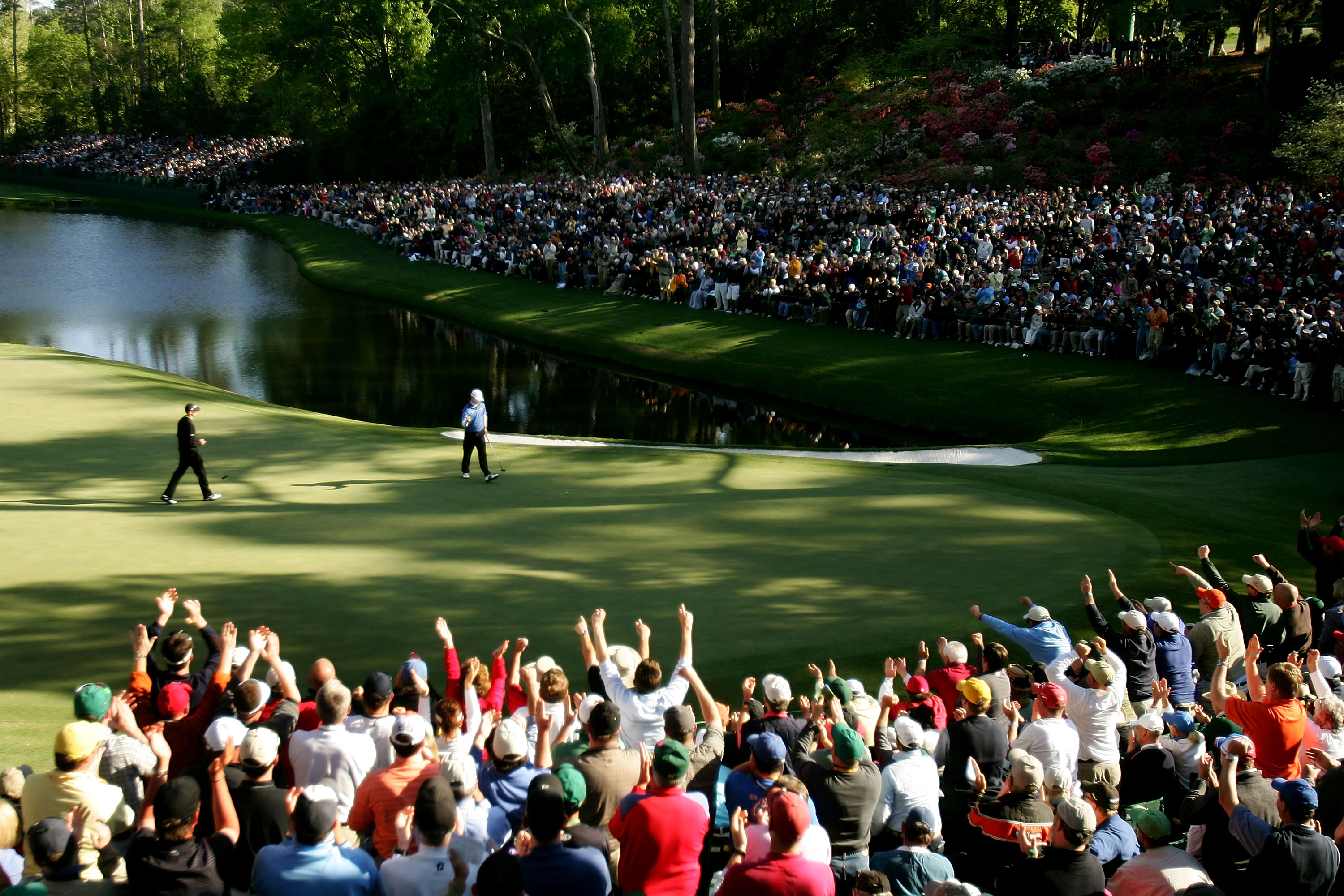 AUGUSTA, GA - APRIL 08:  Zach Johnson celebrates his birdie putt on the 16th green during the final round of The Masters at the Augusta National Golf Club on April 8, 2007 in Augusta, Georgia.  (Photo by David Cannon/Getty Images)