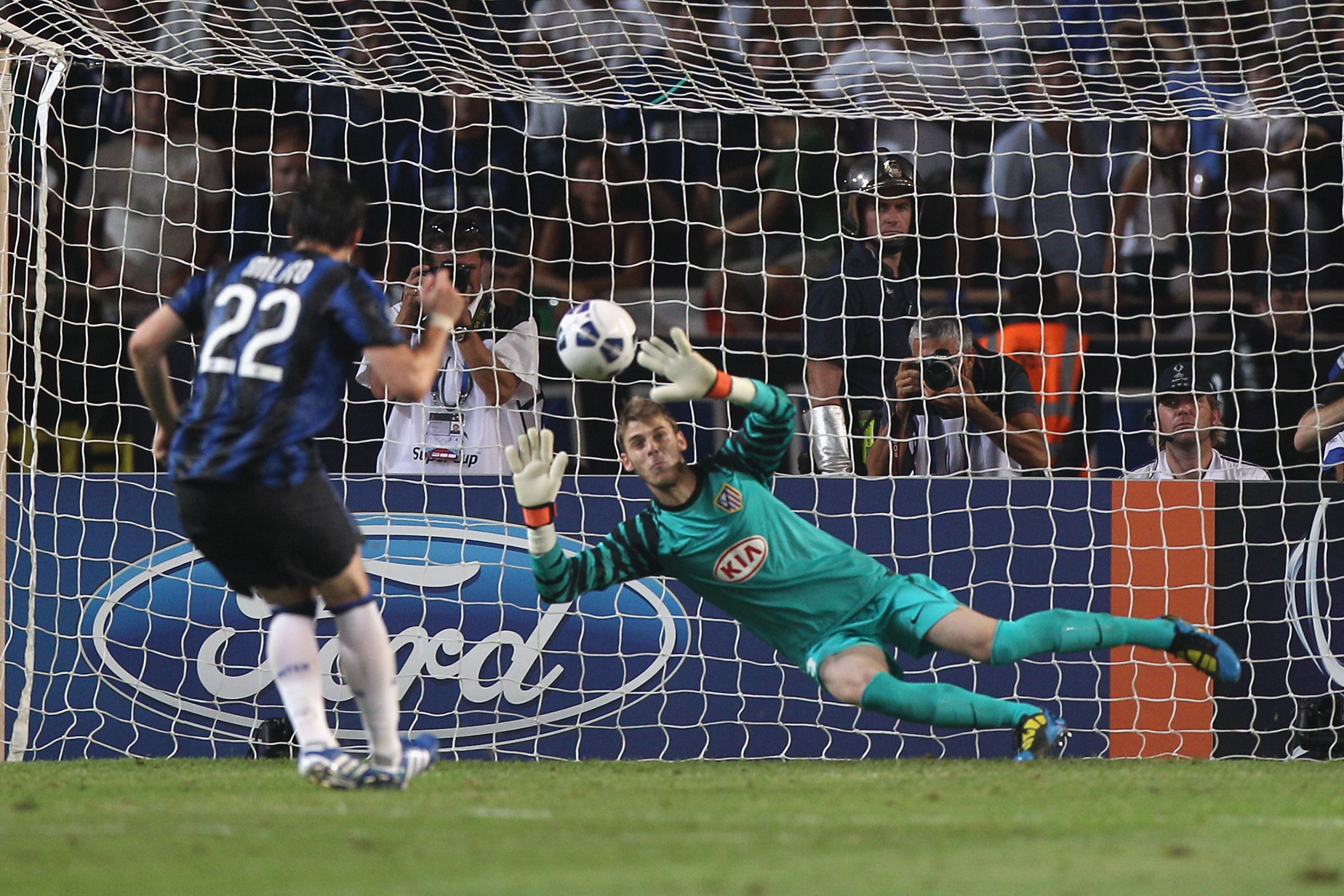 Soccer: Ranking the Top 10 Penalty-Stopping Goalkeepers in the World |  Bleacher Report | Latest News, Videos and Highlights