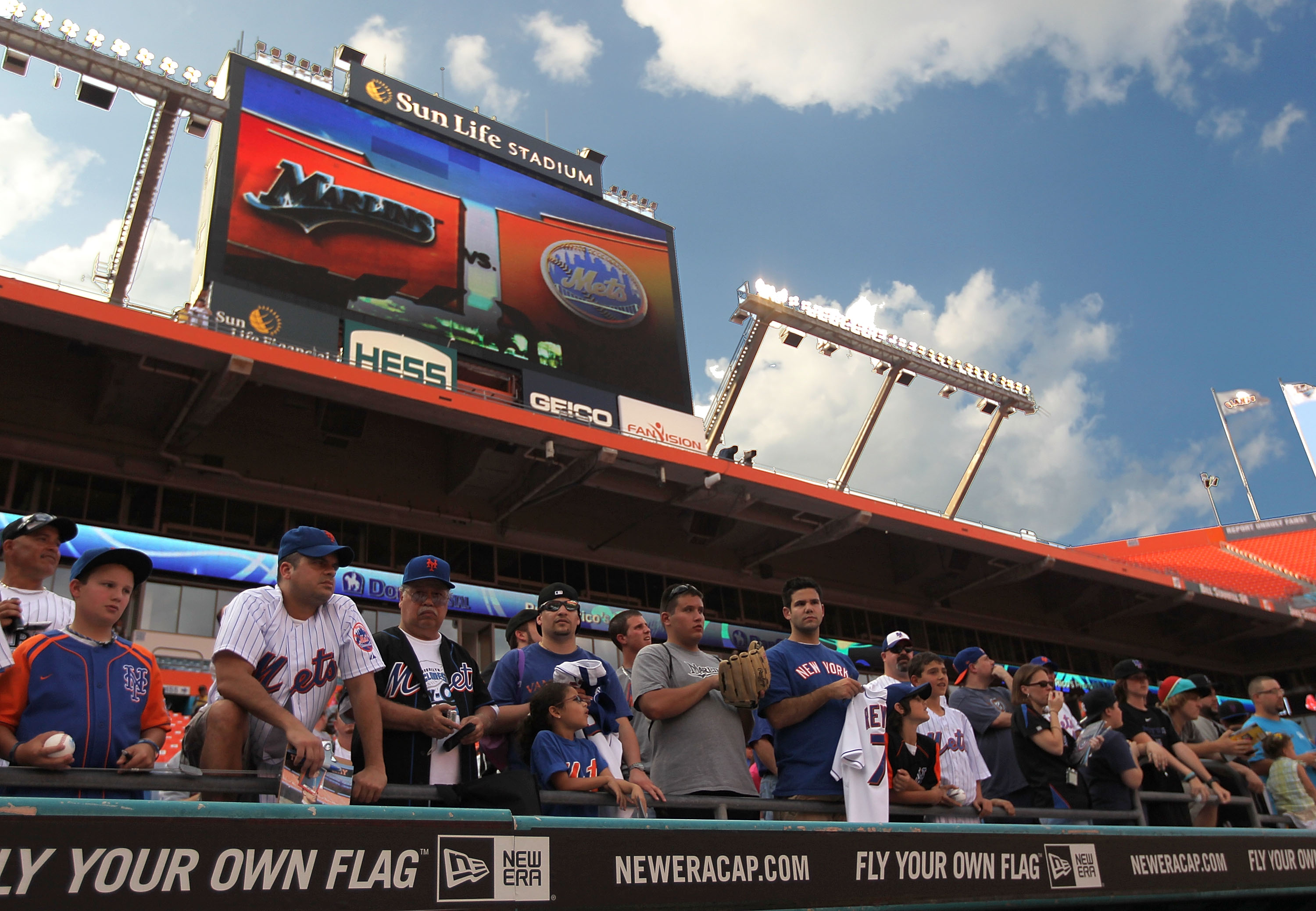 MIAMI GARDENS, FL - APRIL 01: New York Mets fans watch batting practice during opening day against the Florida Marlins at Sun Life Stadium on April 1, 2011 in Miami Gardens, Florida.  (Photo by Mike Ehrmann/Getty Images)