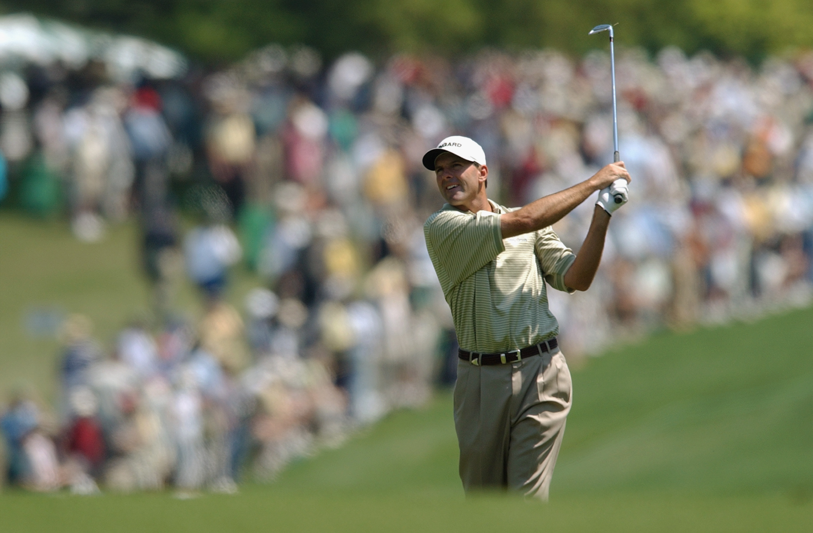 AUGUSTA, GA - APRIL 13:  Len Mattiace of the USA plays his second shot on the 1st hole during the final round of the 2003 Masters Tournament at the Augusta National Golf Club in Augusta, Georgia on April 13, 2003. (Photo by Harry How/Getty Images)