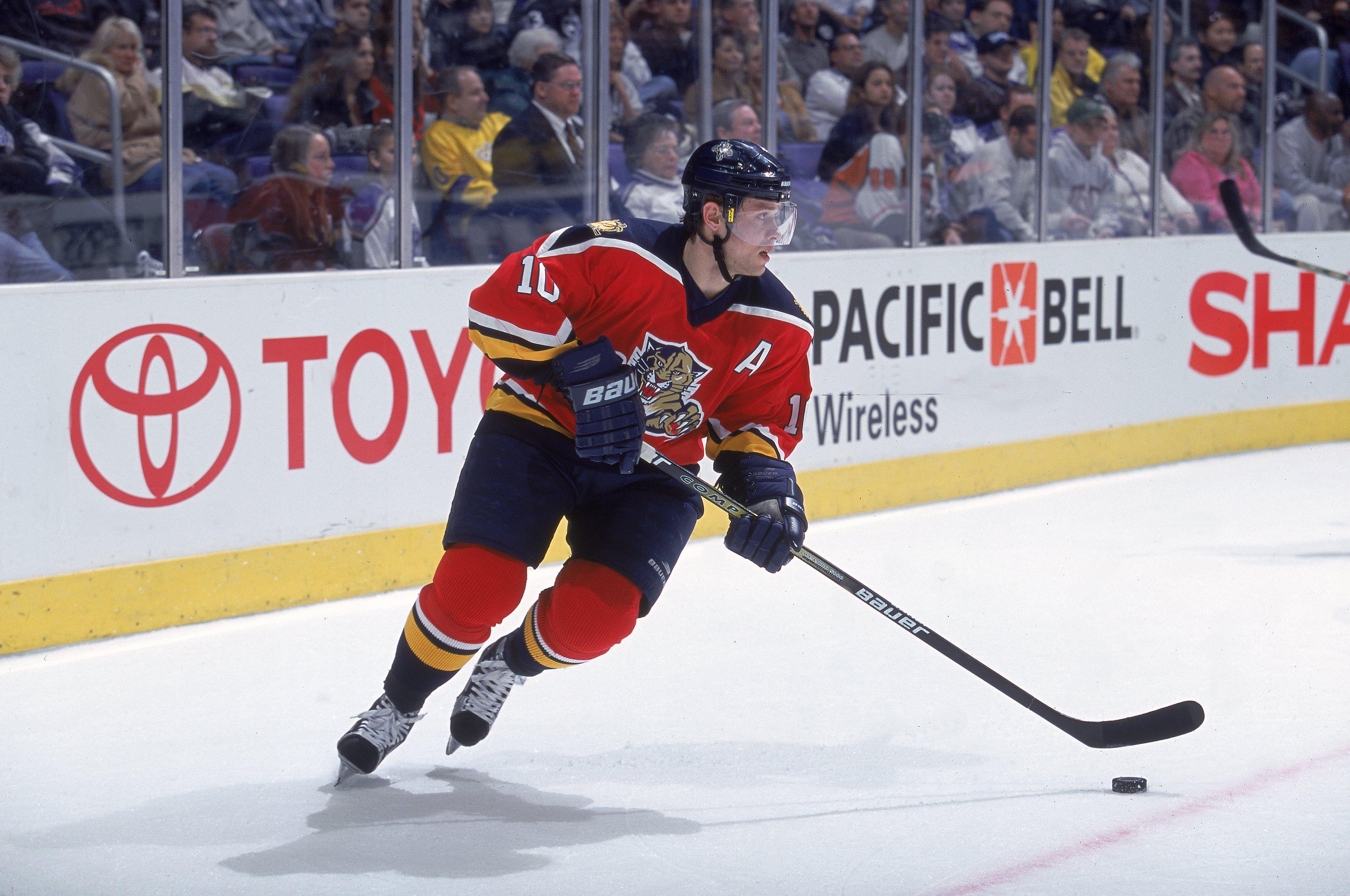 Valery Bure - talented NHL forward 2