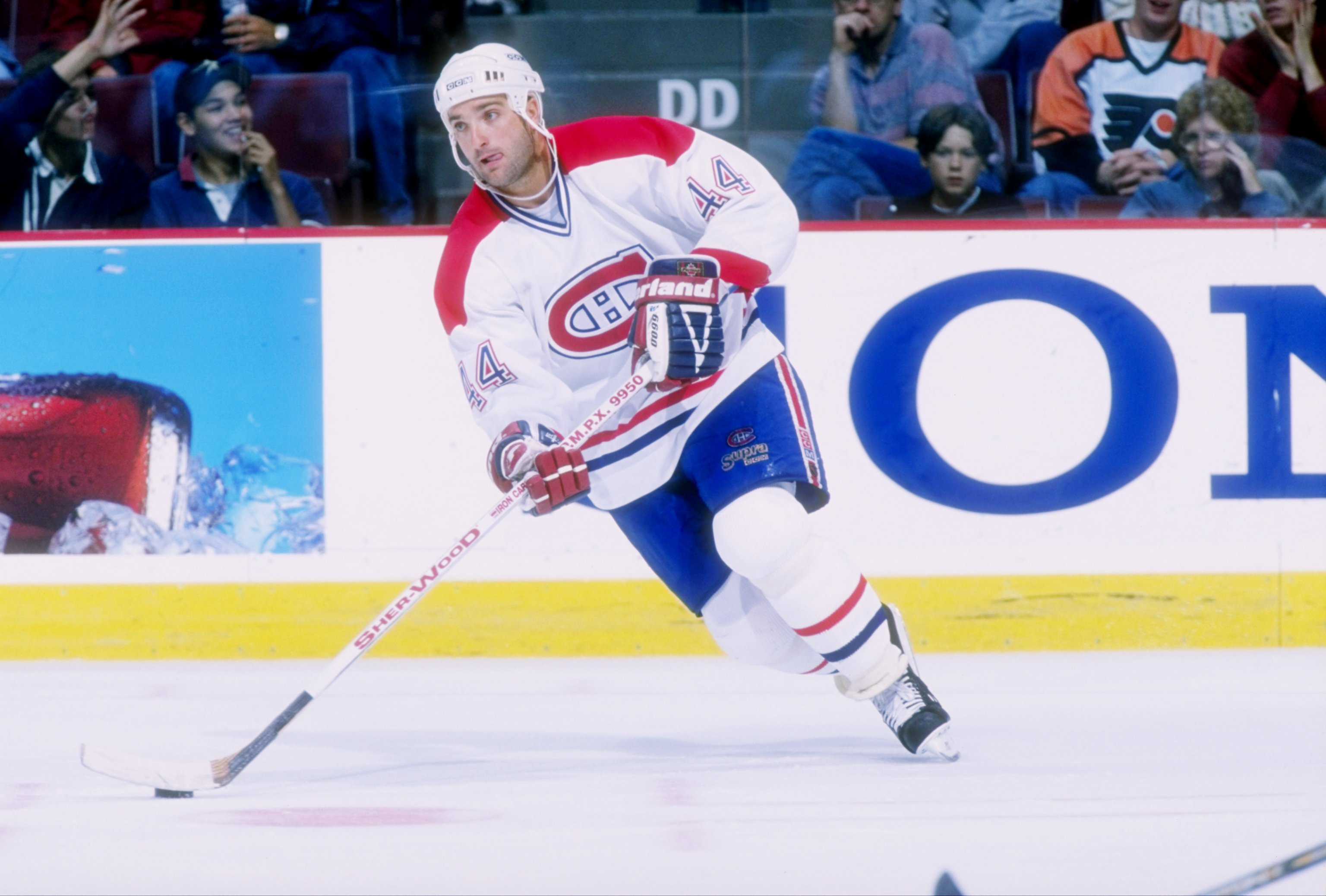 17 Sep 1997:  Rightwinger Stephane Richer of the Montreal Canadiens  in action during a game against the Philadelphia Flyers at the Molson Center in Montreal, Canada.  The Canadiens won the game 5-4. Mandatory Credit: Robert Laberge  /Allsport
