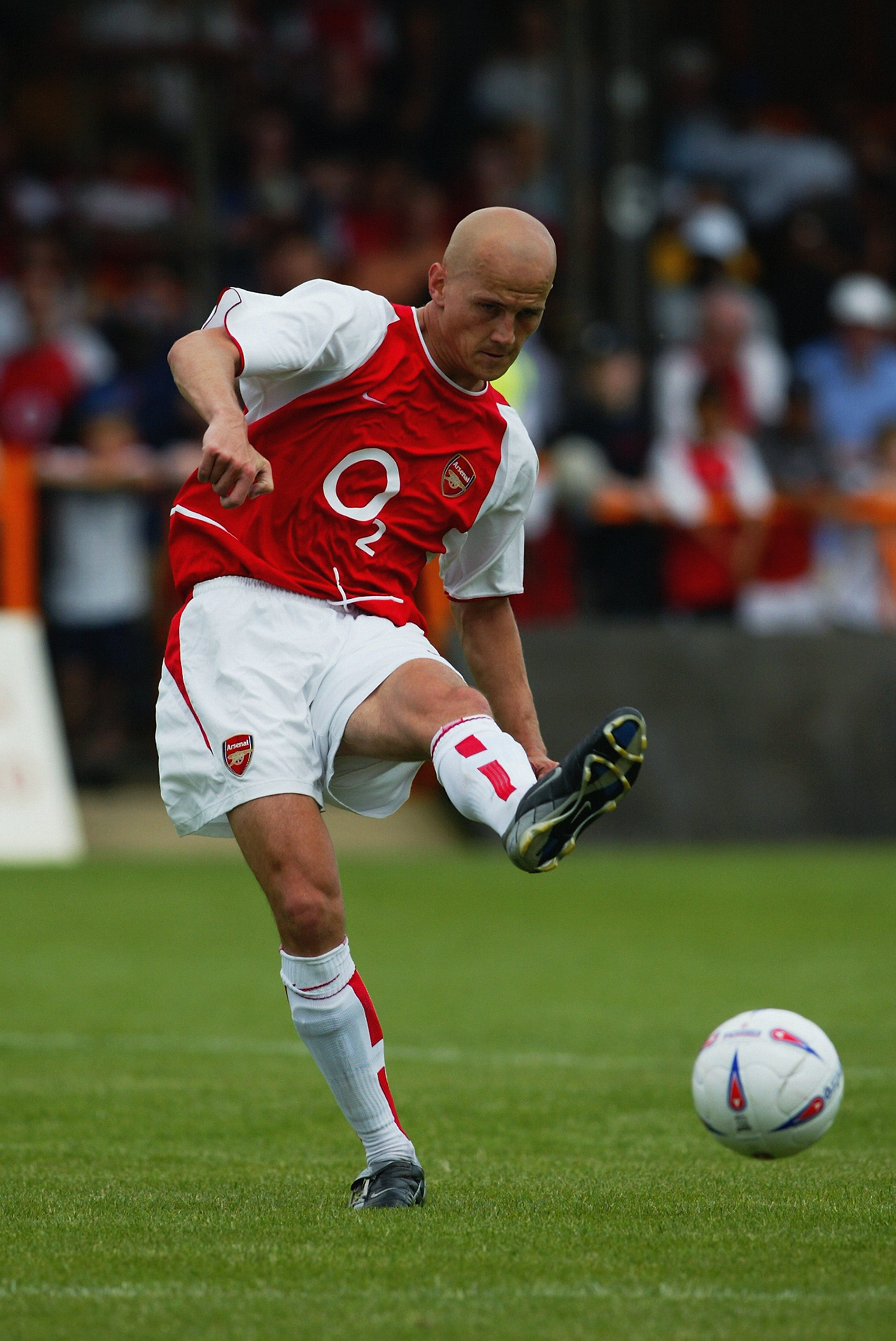 LONDON - JULY 19:  Pascal Cygan of Arsenal passes the ball during the Pre-Season Friendly match between Barnet and Arsenal held on July 19, 2003 at the Underhill Stadium, in Barnet, London. The match ended in a 0-0 draw. (Photo by Phil Cole/Getty Images)