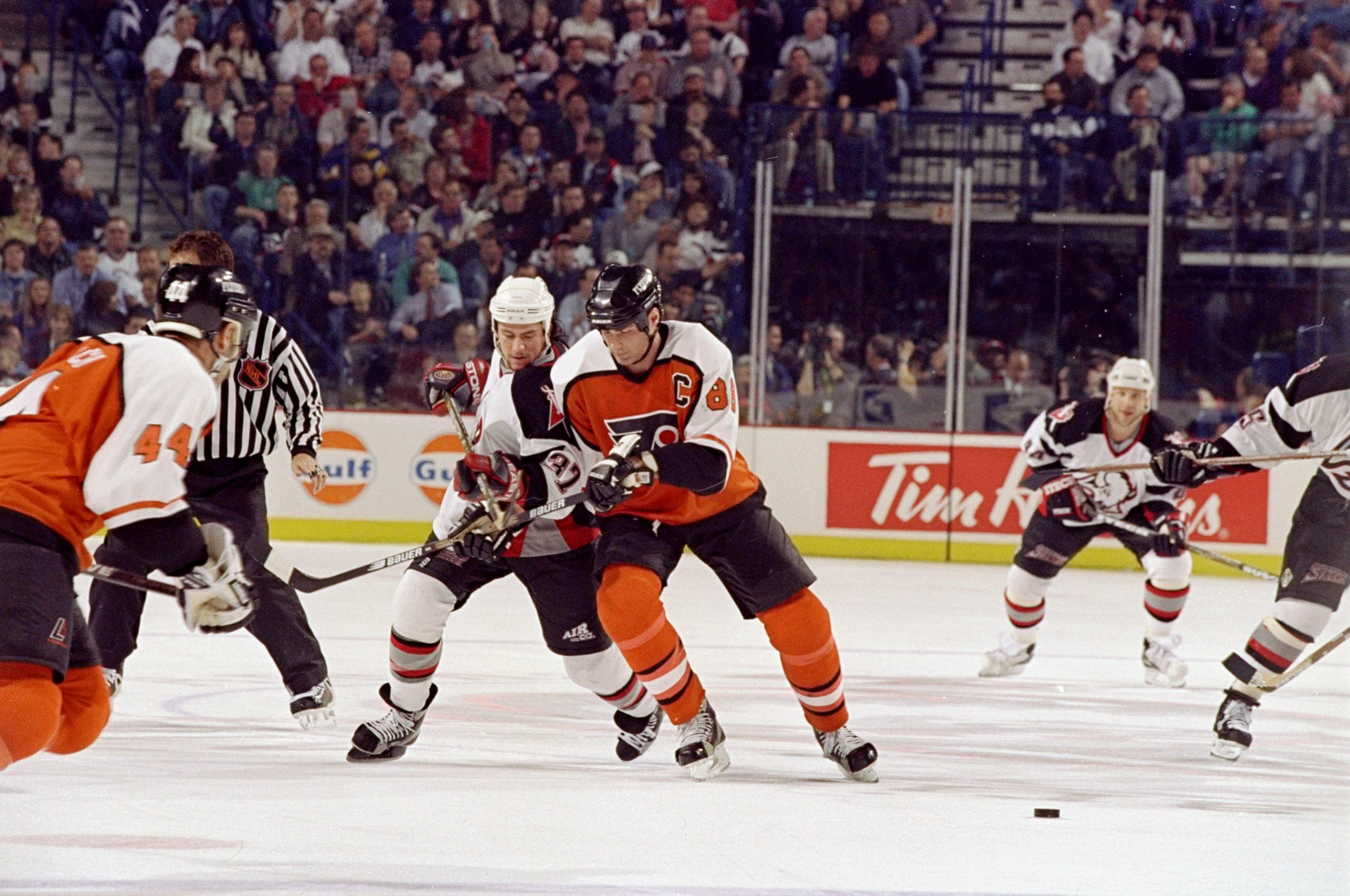 Eishockey Pin NHL Weitere Wintersportarten DEL Torhüter Philladelphia Flyers Eishockey