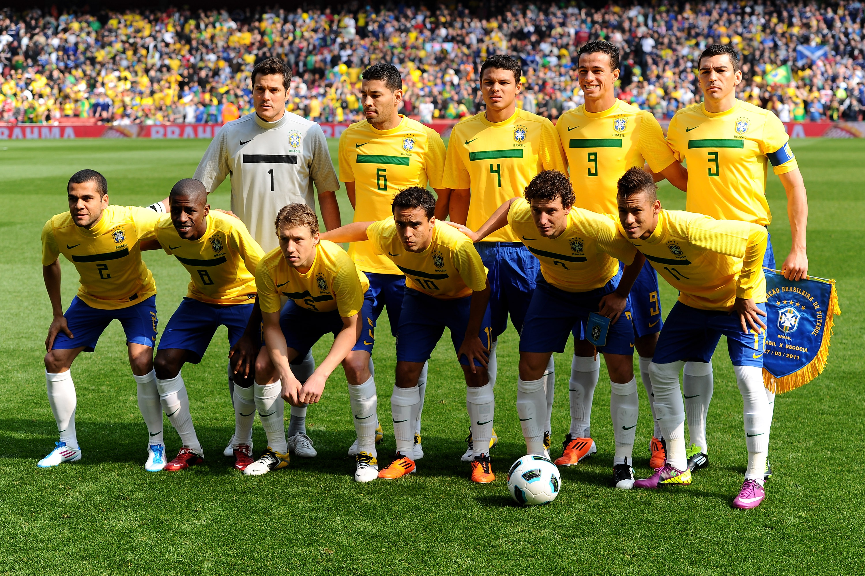 LONDON, ENGLAND - MARCH 27:  The Brazil team line up prior to the International friendly match between Brazil and Scotland at Emirates Stadium on March 27, 2011 in London, England.  (Photo by Mike Hewitt/Getty Images)