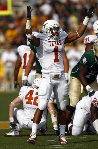Texas' Top Returning Tackler- LB Keenan Robinson