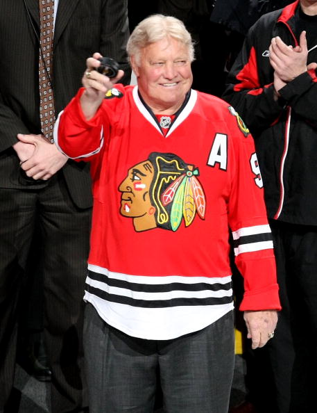 CHICAGO - MAY 05:  Chicago Blackhawks legend Bobby Hull walks out to drop the puck for the ceremonial face off prior to the Blackhawks hosting the Vancouver Canucks in Game Three of the Western Conference Semifinal Round of the 2009 Stanley Cup Playoffs o