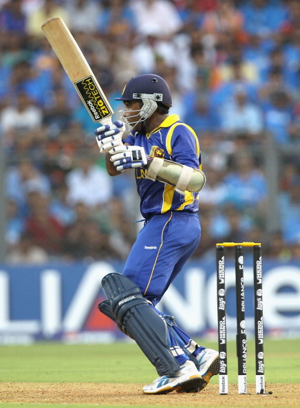 MUMBAI, INDIA - APRIL 02:  Mahela Jayawardene of Sri Lanka pulls during the 2011 ICC World Cup Final between India and Sri Lanka at Wankhede Stadium on April 2, 2011 in Mumbai, India.  (Photo by Hamish Blair/Getty Images)