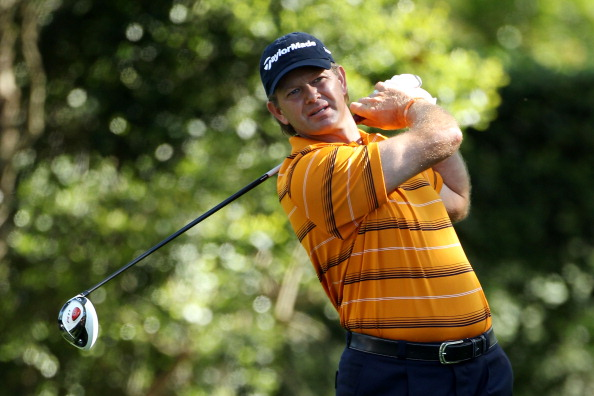 AUGUSTA, GA - APRIL 07:  Retief Goosen of South Africa hits his tee shot on the second hole during the first round of the 2011 Masters Tournament at Augusta National Golf Club on April 7, 2011 in Augusta, Georgia.  (Photo by Andrew Redington/Getty Images)