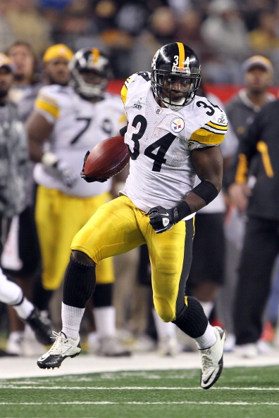 ARLINGTON, TX - FEBRUARY 06:  Rashard Mendenhall #34 of the Pittsburgh Steelers runs the ball against the Green Bay Packers during Super Bowl XLV at Cowboys Stadium on February 6, 2011 in Arlington, Texas. The Packers won 31-25.  (Photo by Jamie Squire/Ge