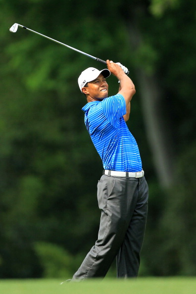 AUGUSTA, GA - APRIL 09:  Tiger Woods watches his approach shot on the fifth hole during the third round of the 2011 Masters Tournament at Augusta National Golf Club on April 9, 2011 in Augusta, Georgia.  (Photo by David Cannon/Getty Images)