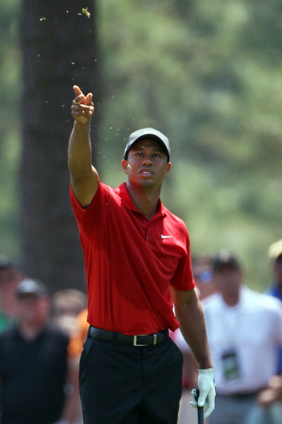 AUGUSTA, GA - APRIL 10:  Tiger Woods checks the wind in the first fairway during the final round of the 2011 Masters Tournament at Augusta National Golf Club on April 10, 2011 in Augusta, Georgia.  (Photo by Jamie Squire/Getty Images)