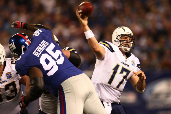 EAST RUTHERFORD, NJ - NOVEMBER 08:  Philip Rivers #17 of the San Diego Chargers throws a pass against the New York Giants on November 8, 2009 at Giants Stadium in East Rutherford, New Jersey.  (Photo by Chris McGrath/Getty Images)