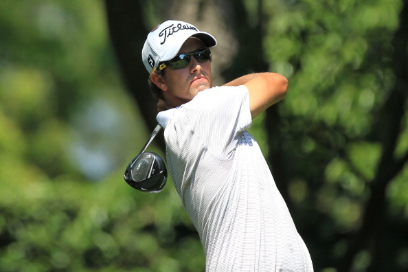 AUGUSTA, GA - APRIL 10:  Adam Scott of Australia watches his tee shot on the second hole during the final round of the 2011 Masters Tournament on April 10, 2011 in Augusta, Georgia.  (Photo by David Cannon/Getty Images)