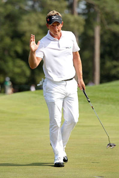 AUGUSTA, GA - APRIL 10:  Luke Donald of England waves to the gallery on the eighth green during the final round of the 2011 Masters Tournament at Augusta National Golf Club on April 10, 2011 in Augusta, Georgia.  (Photo by Andrew Redington/Getty Images)