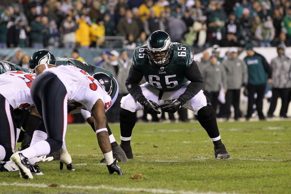 PHILADELPHIA, PA - DECEMBER 02:  Offensive tackle King Dunlap #65 of the Philadelphia Eagles gets set in his stance on a special teams play against the Houston Texans at Lincoln Financial Field on December 2, 2010 in Philadelphia, Pennsylvania.  (Photo by