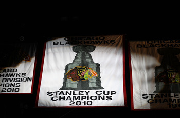 CHICAGO - OCTOBER 09: The 2010 Stanley Cup Championship banner is seen during a ceremony before the Chicago Blackhawks season home opening game against the Detroit Red Wings at the United Center on October 9, 2010 in Chicago, Illinois. (Photo by Jonathan