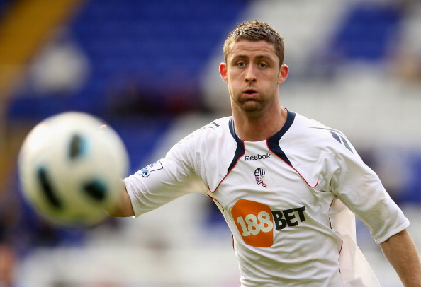 BIRMINGHAM, ENGLAND - APRIL 02:  Gary Cahill of Bolton in action during the Barclays Premier League match between Birmingham City  and Bolton Wanderers on April 2, 2011 in Birmingham, England.  (Photo by Scott Heavey/Getty Images)